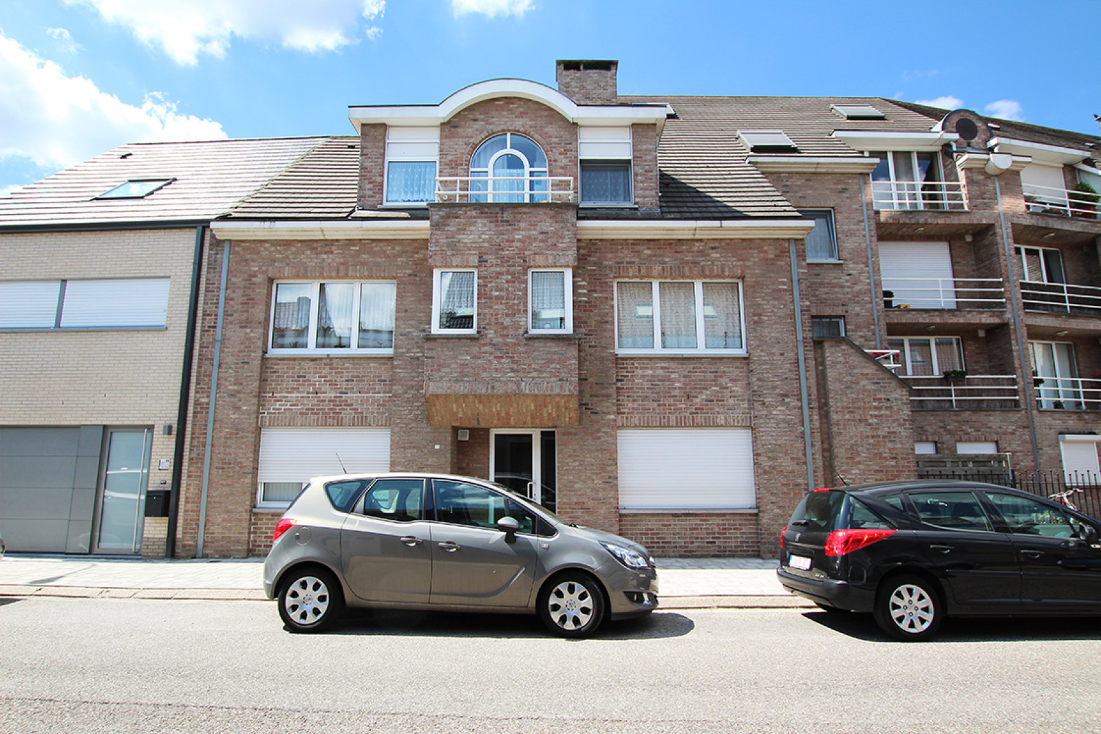Gelijkvloers appartement met één slaapkamer en terras te Wijnegem! afbeelding 1
