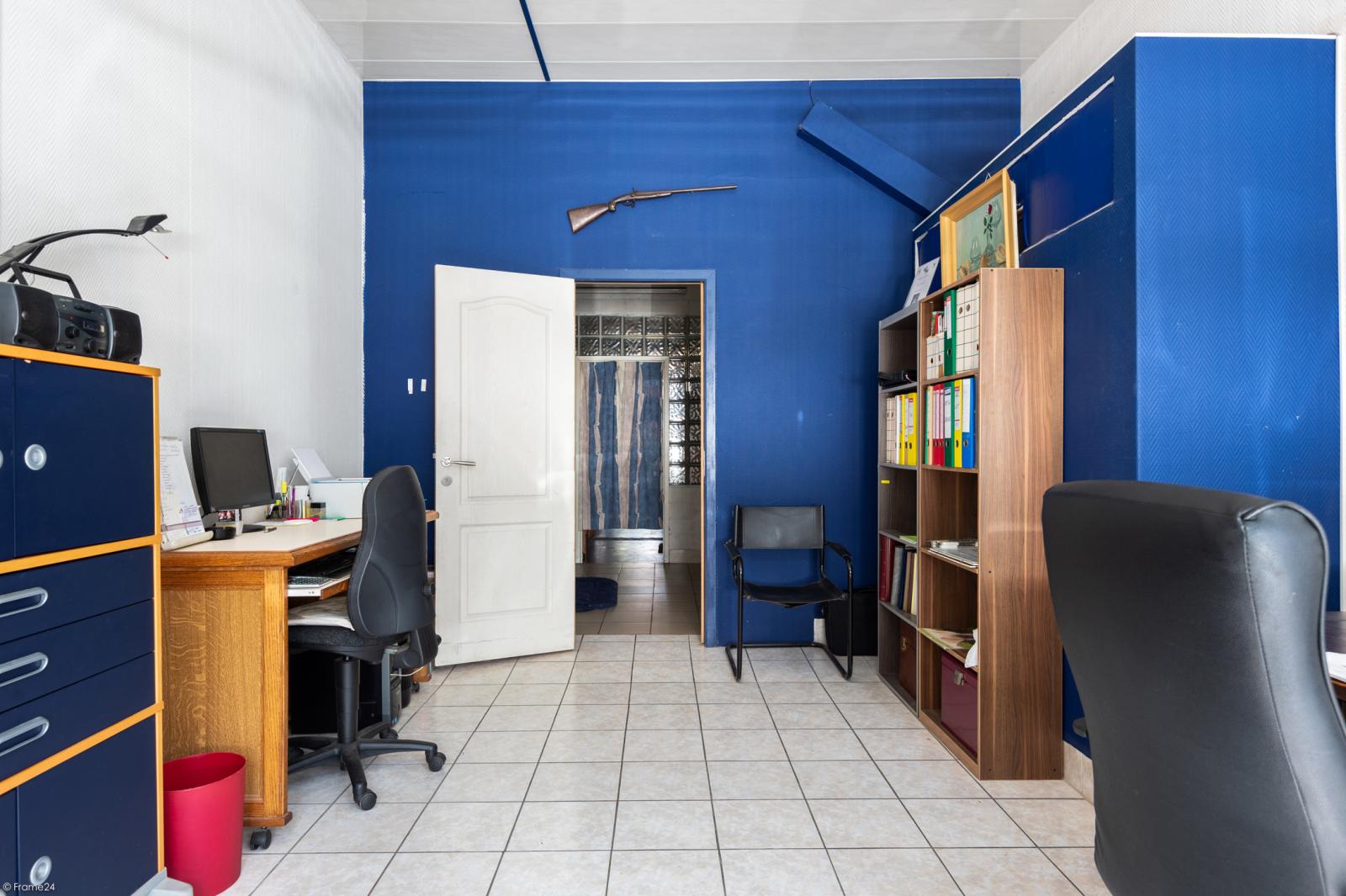 Riant gelijkvloers appartement met aparte studio en gezellige tuin te Deurne-Zuid! afbeelding 19