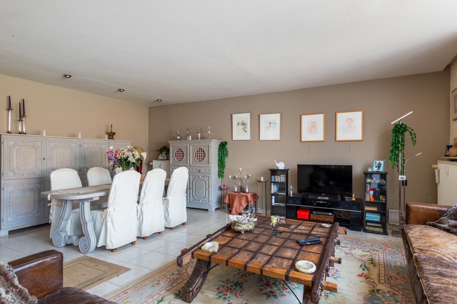 Riant gelijkvloers appartement met aparte studio en gezellige tuin te Deurne-Zuid! afbeelding 4