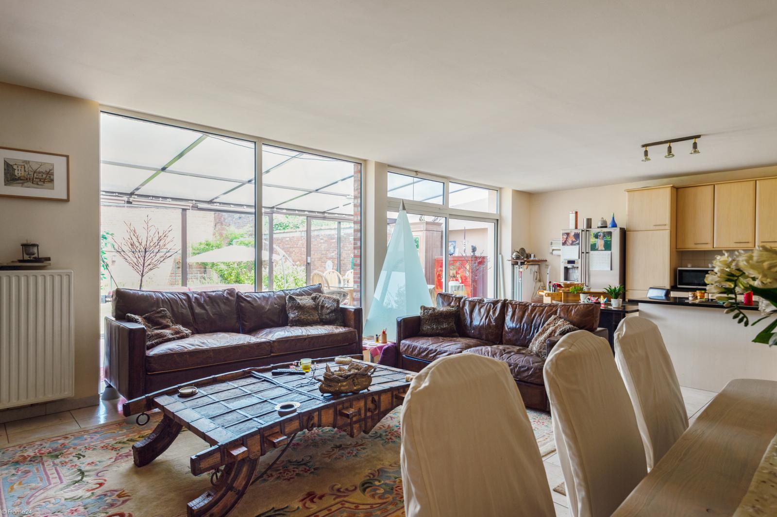 Riant gelijkvloers appartement met aparte studio en gezellige tuin te Deurne-Zuid! afbeelding 2