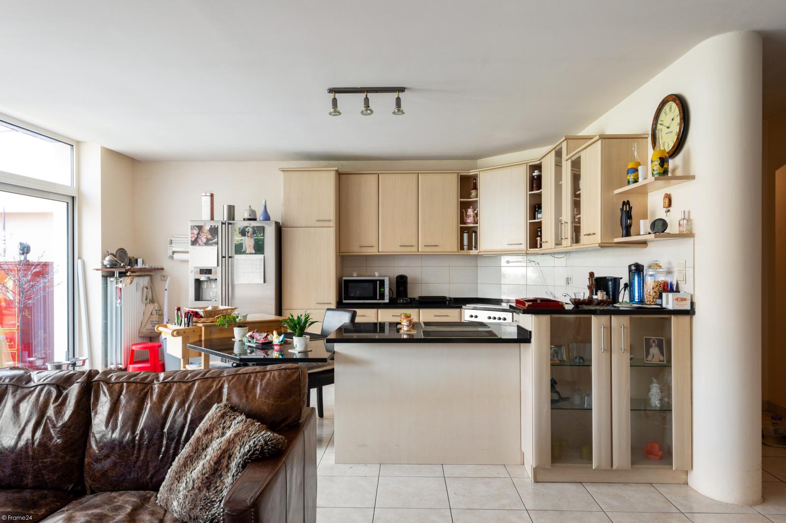 Riant gelijkvloers appartement met aparte studio en gezellige tuin te Deurne-Zuid! afbeelding 6