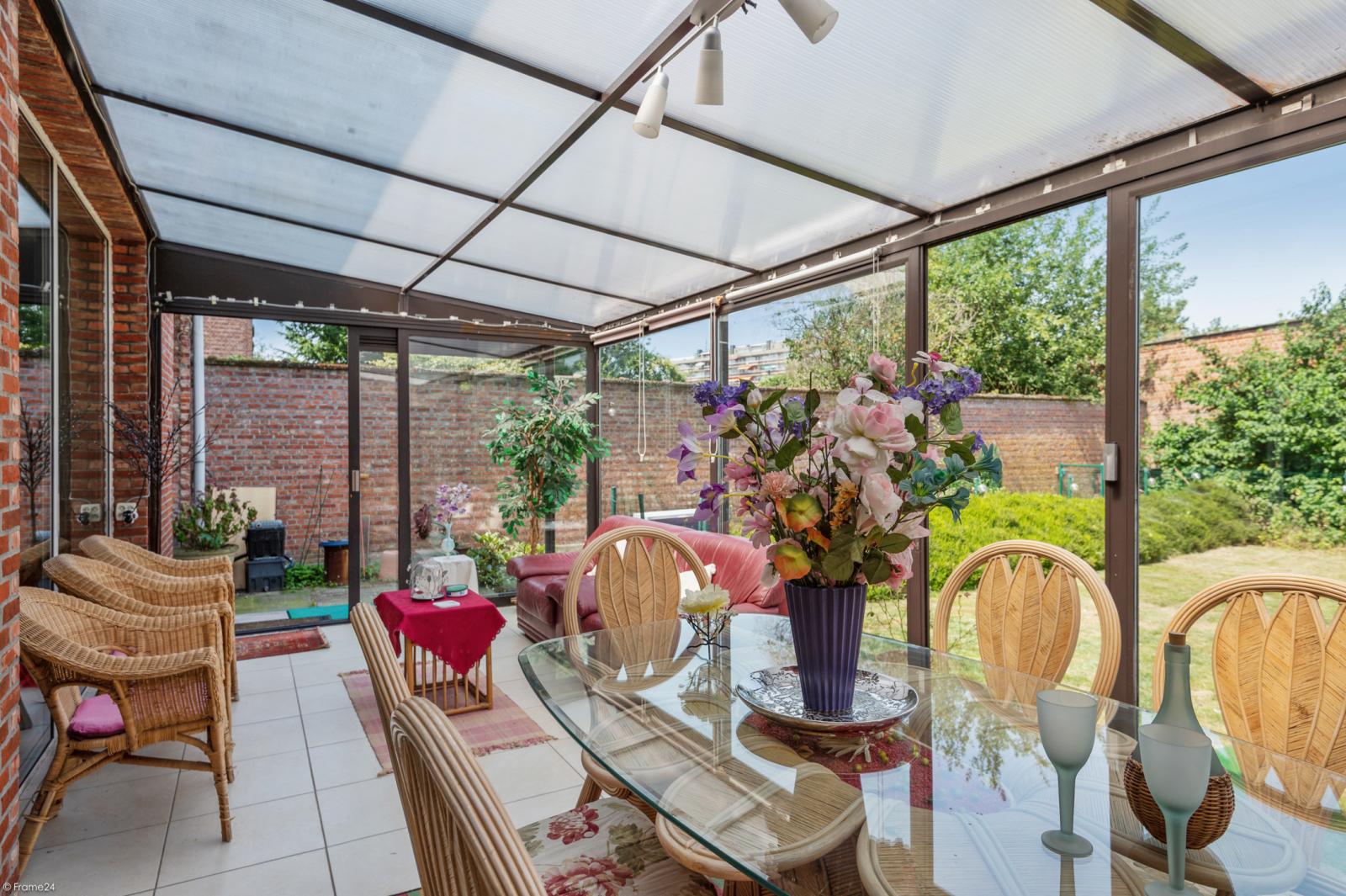 Riant gelijkvloers appartement met aparte studio en gezellige tuin te Deurne-Zuid! afbeelding 8