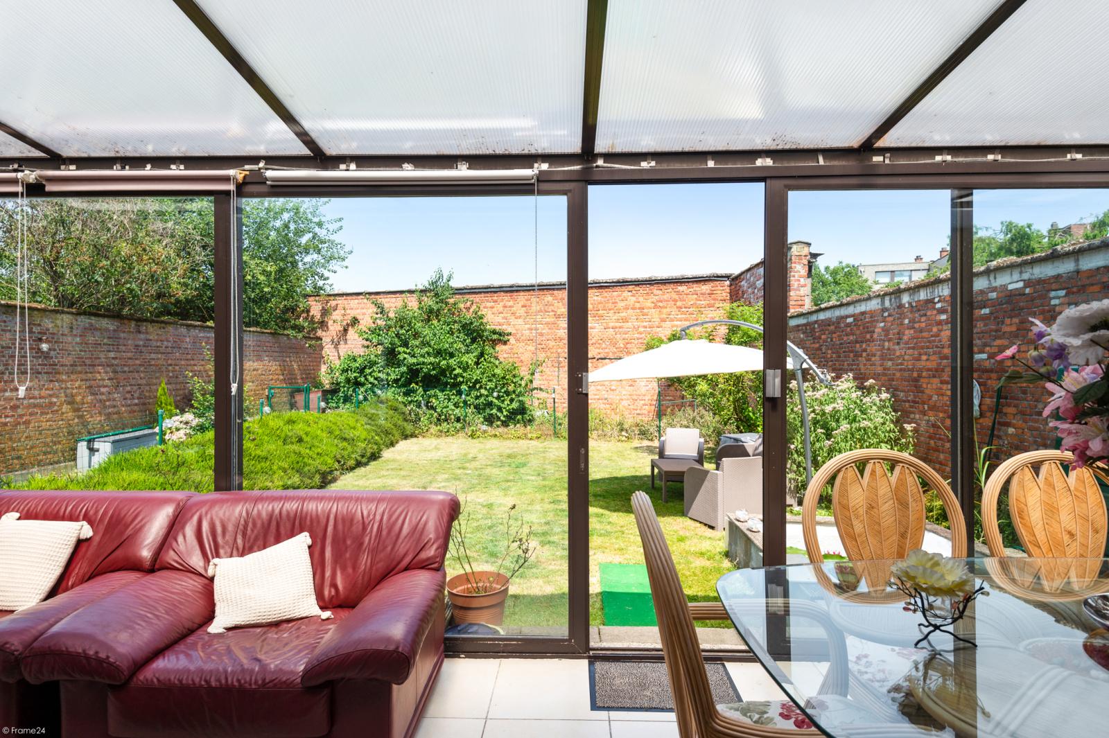 Riant gelijkvloers appartement met aparte studio en gezellige tuin te Deurne-Zuid! afbeelding 9