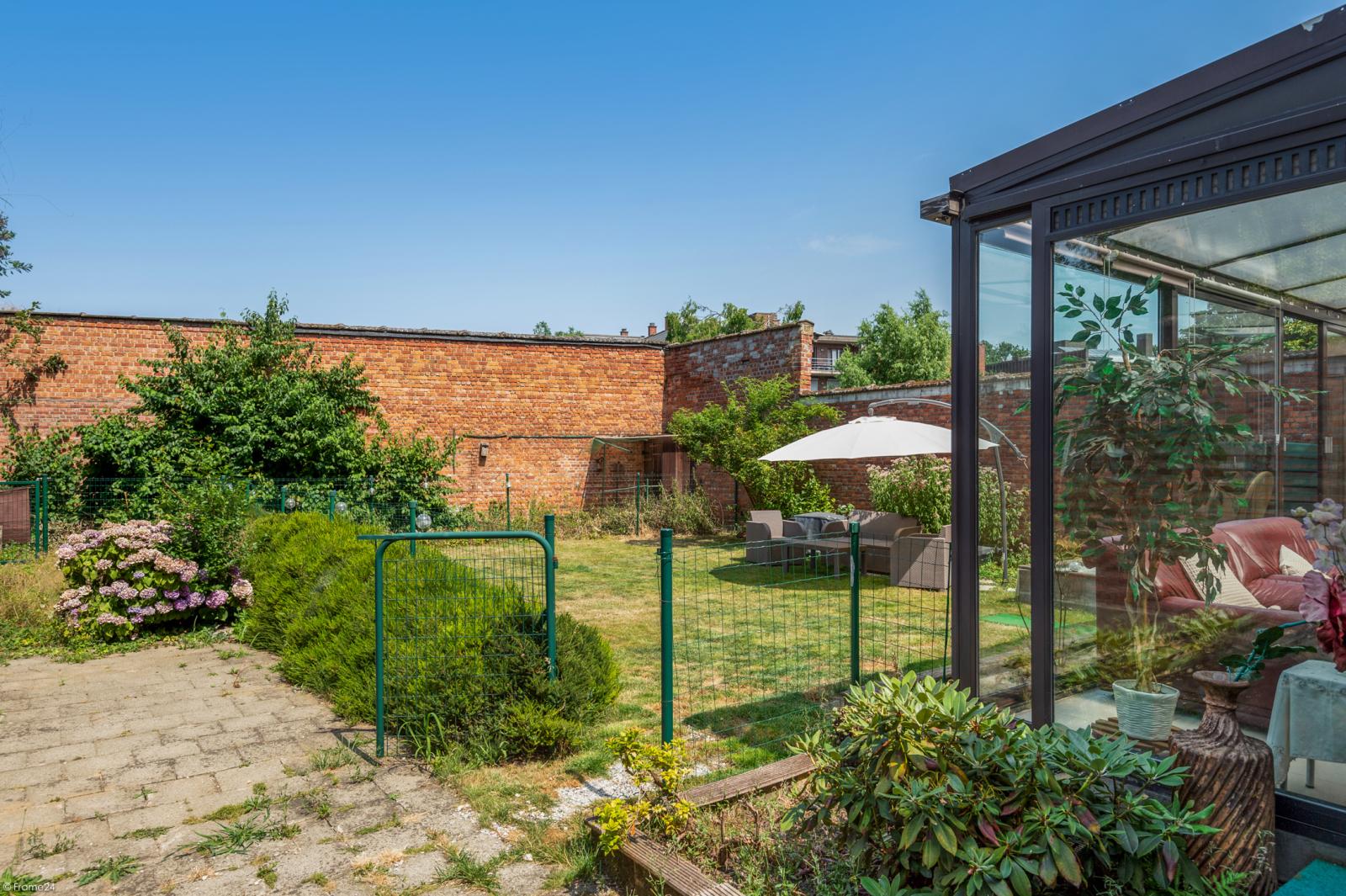 Riant gelijkvloers appartement met aparte studio en gezellige tuin te Deurne-Zuid! afbeelding 11
