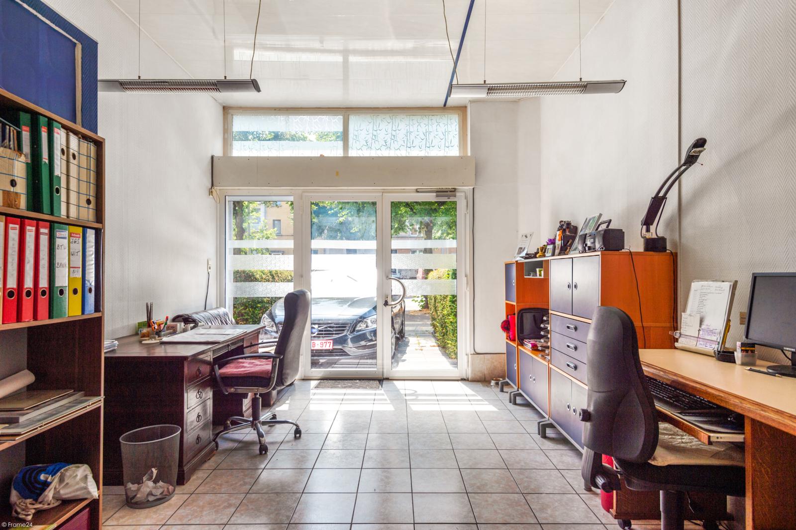 Riant gelijkvloers appartement met aparte studio en gezellige tuin te Deurne-Zuid! afbeelding 20
