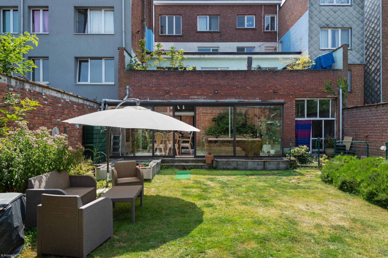 Riant gelijkvloers appartement met aparte studio en gezellige tuin te Deurne-Zuid! afbeelding 12