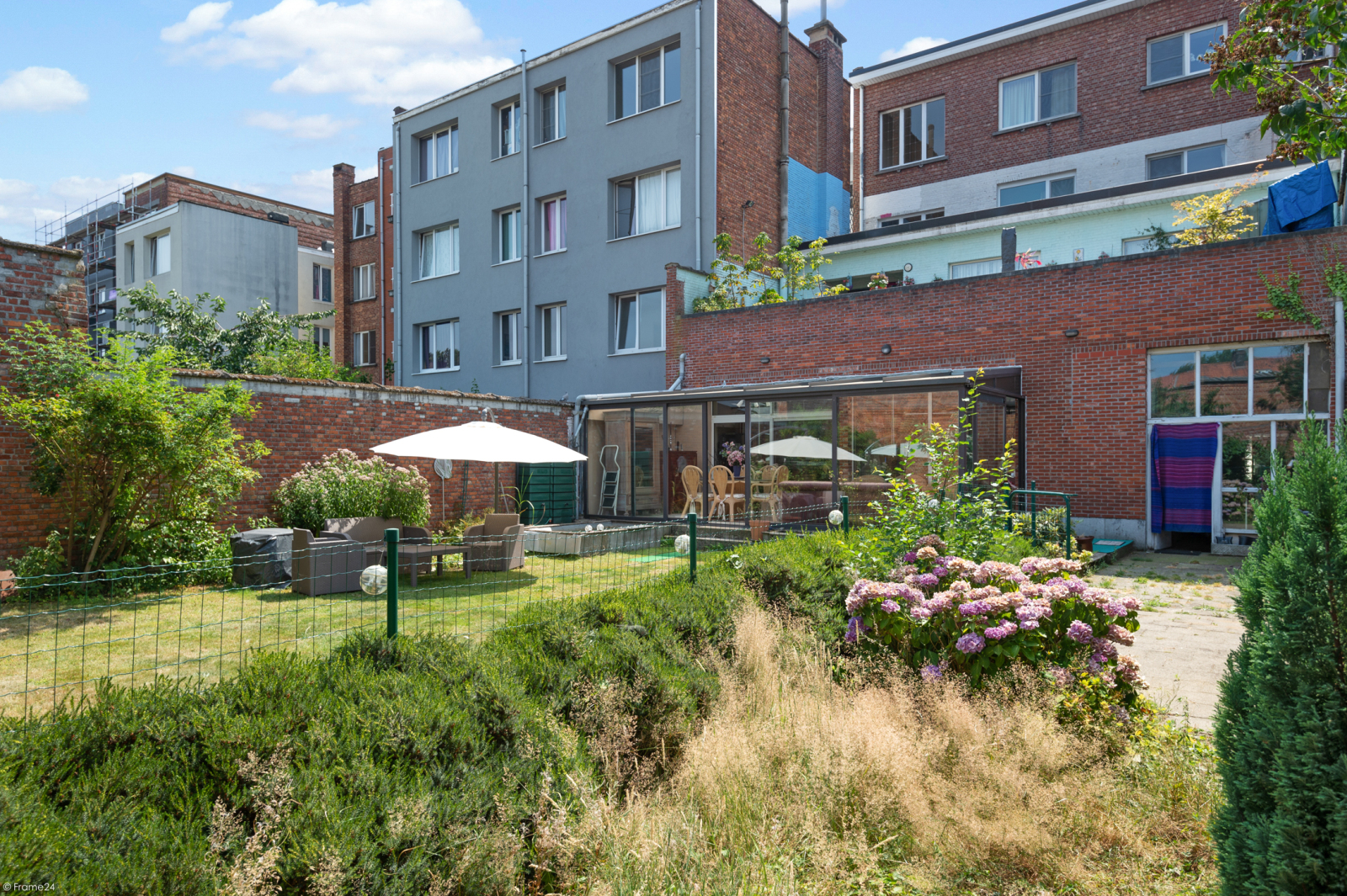 Riant gelijkvloers appartement met aparte studio en gezellige tuin te Deurne-Zuid! afbeelding 13