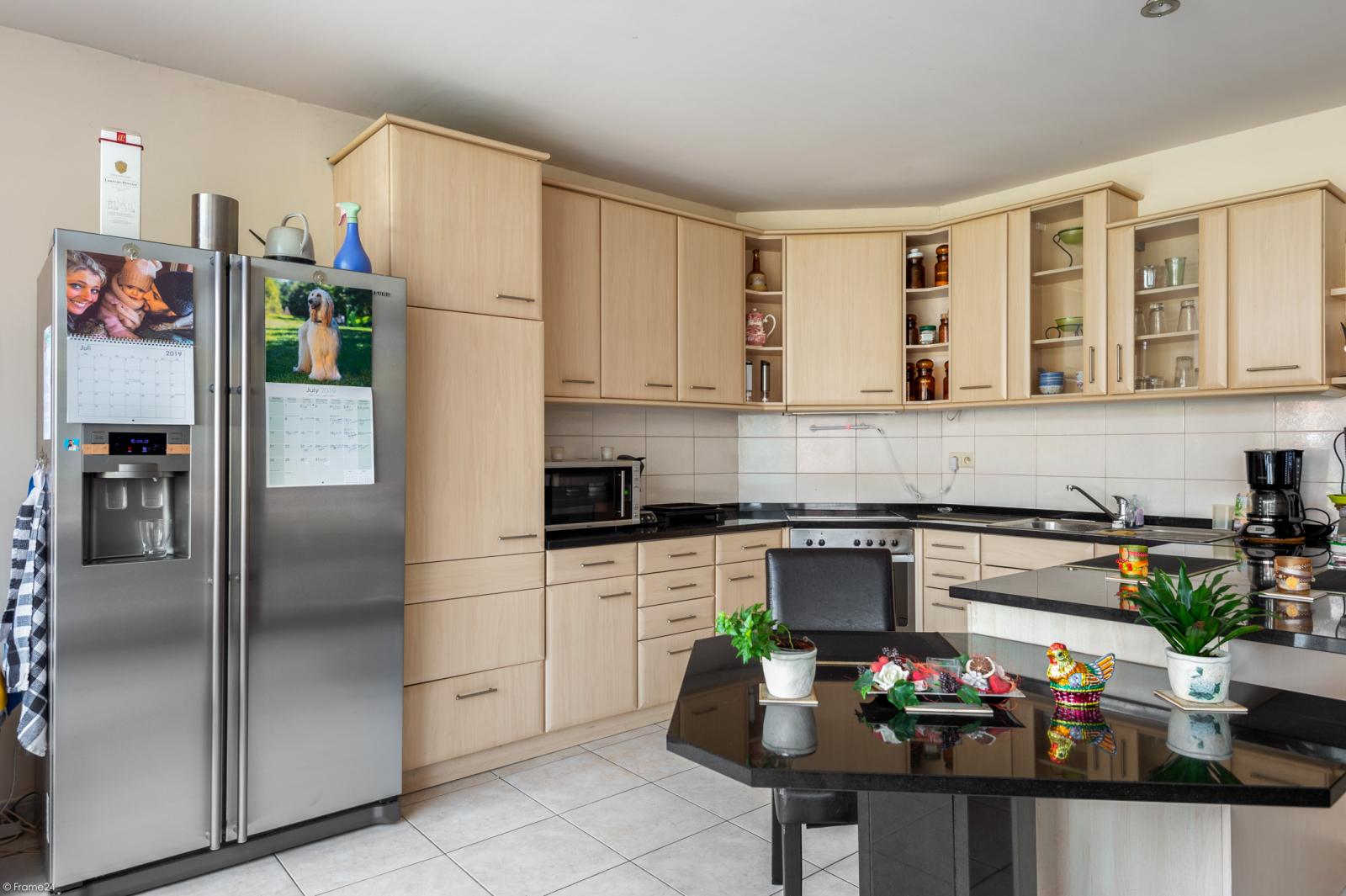 Riant gelijkvloers appartement met aparte studio en gezellige tuin te Deurne-Zuid! afbeelding 7
