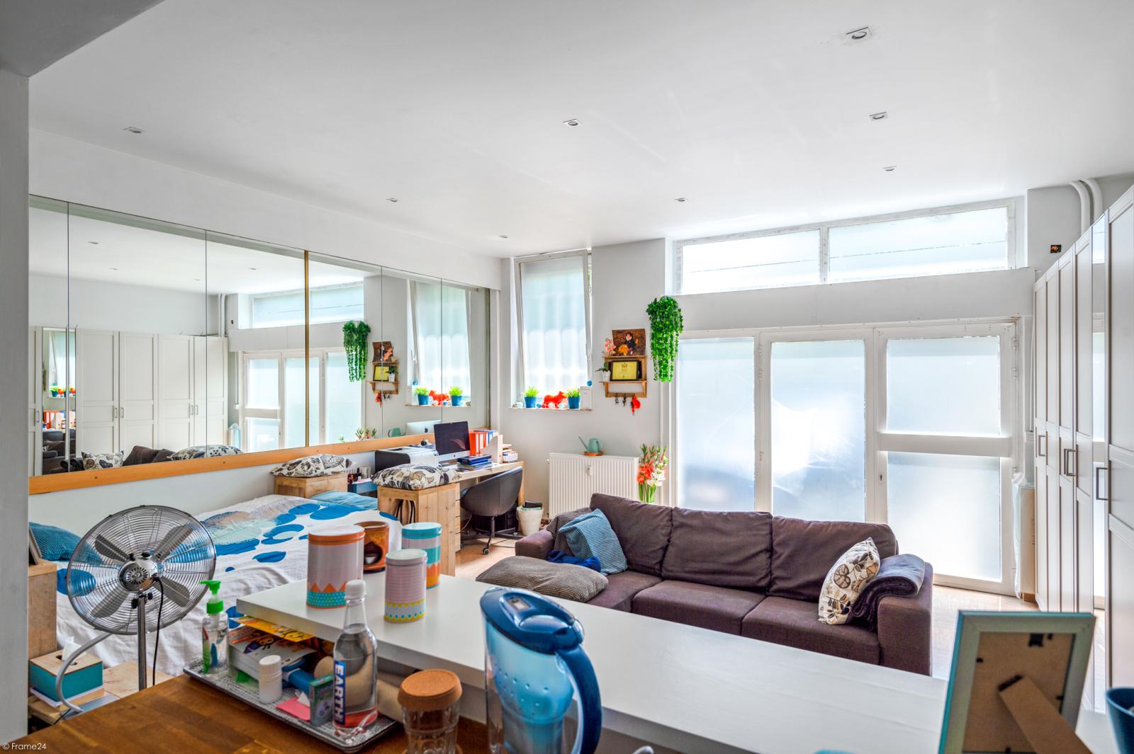 Riant gelijkvloers appartement met aparte studio en gezellige tuin te Deurne-Zuid! afbeelding 27