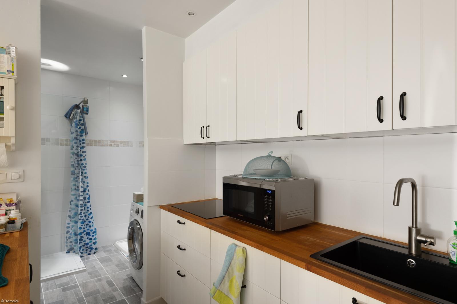 Riant gelijkvloers appartement met aparte studio en gezellige tuin te Deurne-Zuid! afbeelding 29