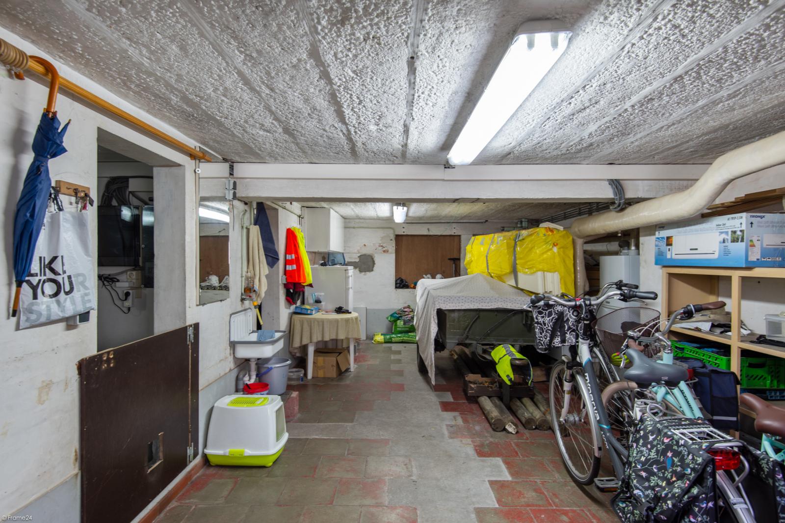 Ruime en instapklare eengezinswoning (160m²) met zonnige tuin te Wijnegem! afbeelding 23