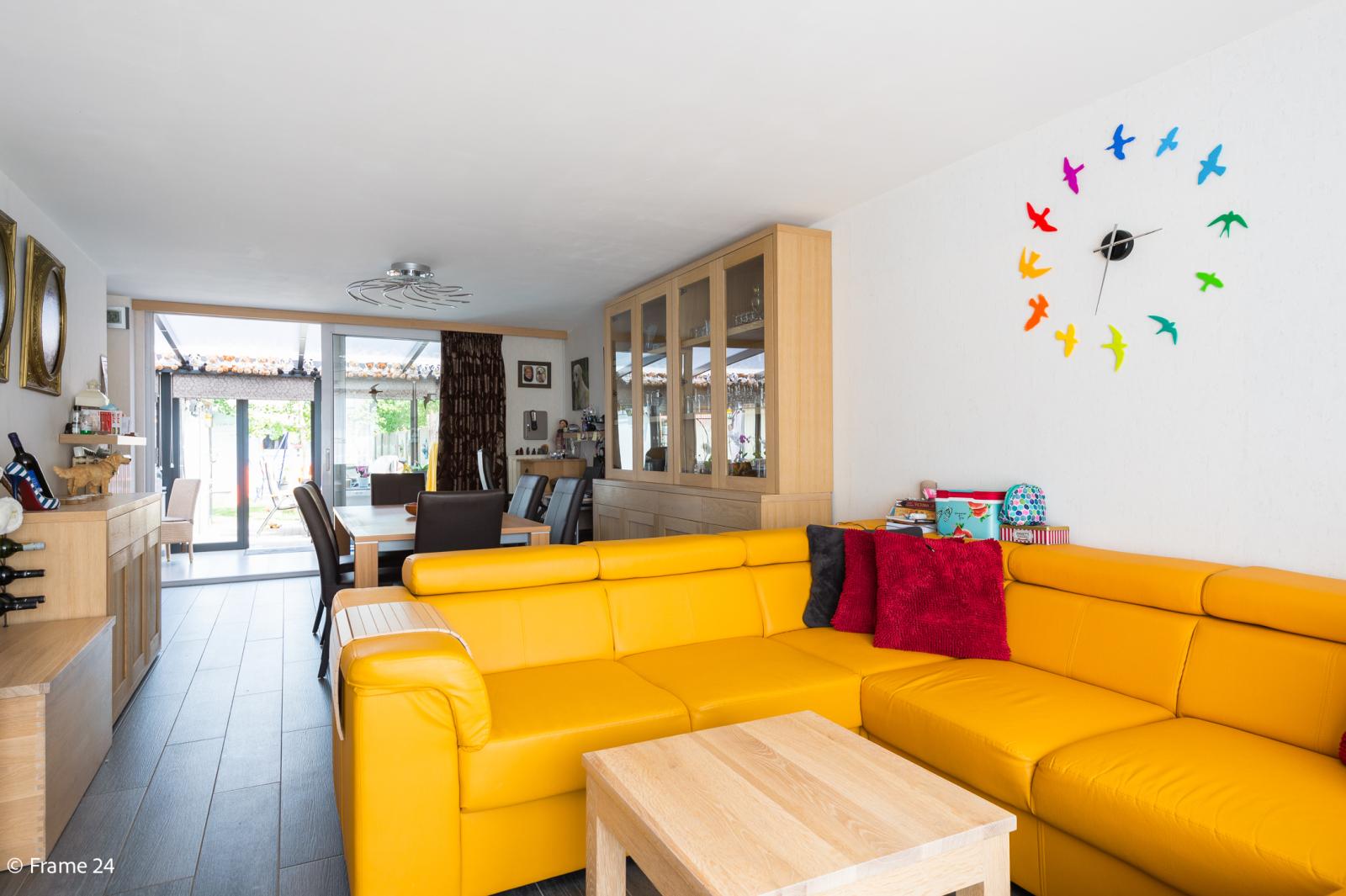 Ruime halfopen woning met 5 slaapkamers, garage en leuke tuin te Wijnegem! afbeelding 3