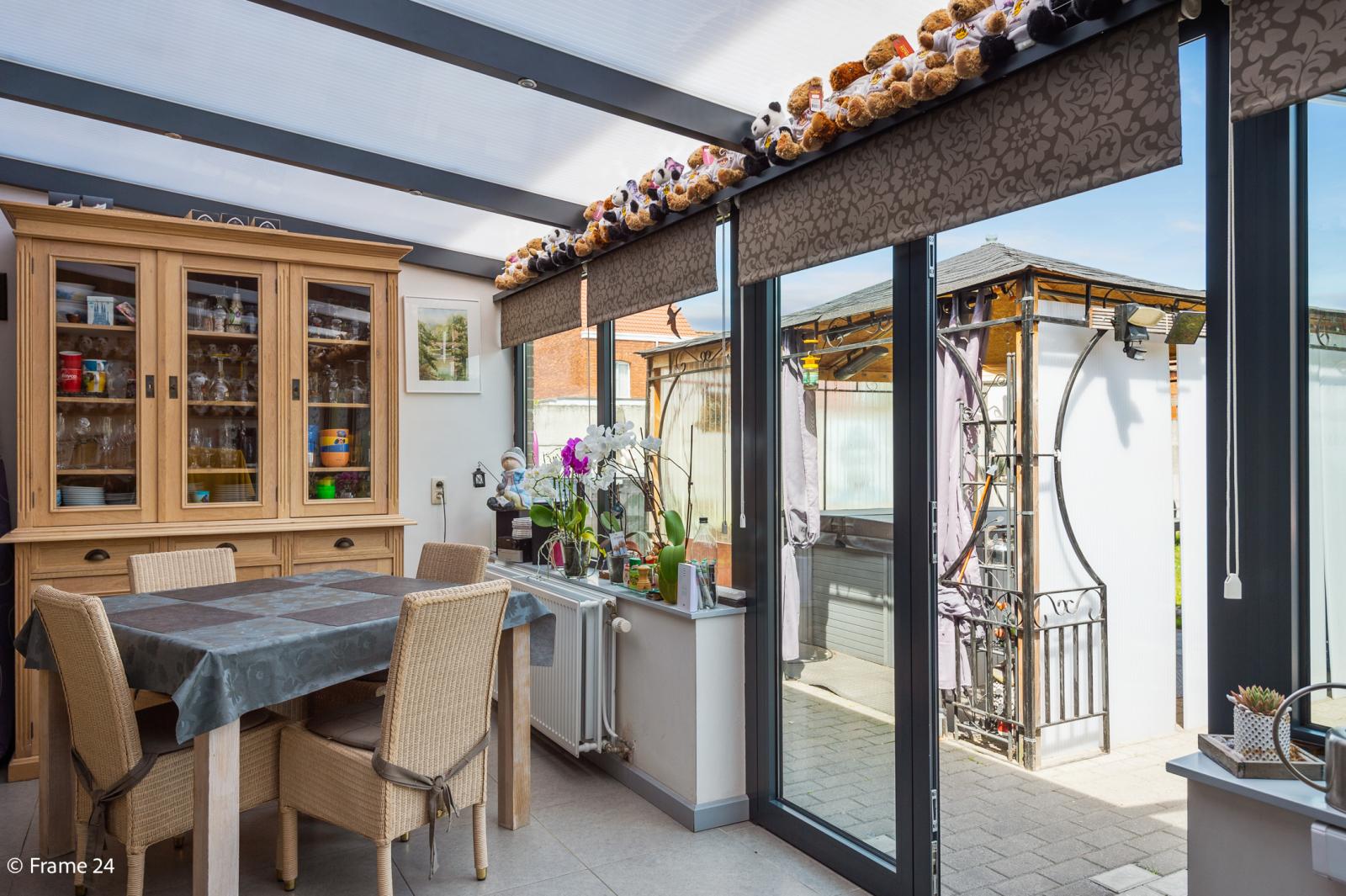 Ruime halfopen woning met 5 slaapkamers, garage en leuke tuin te Wijnegem! afbeelding 10