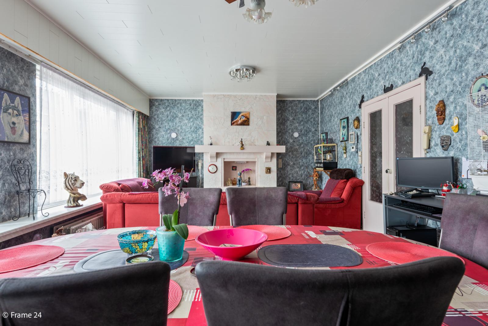 Uitzonderlijke woning met (220m²) met garage én magazijn (161m²) nabij Park Spoort Noord! afbeelding 4