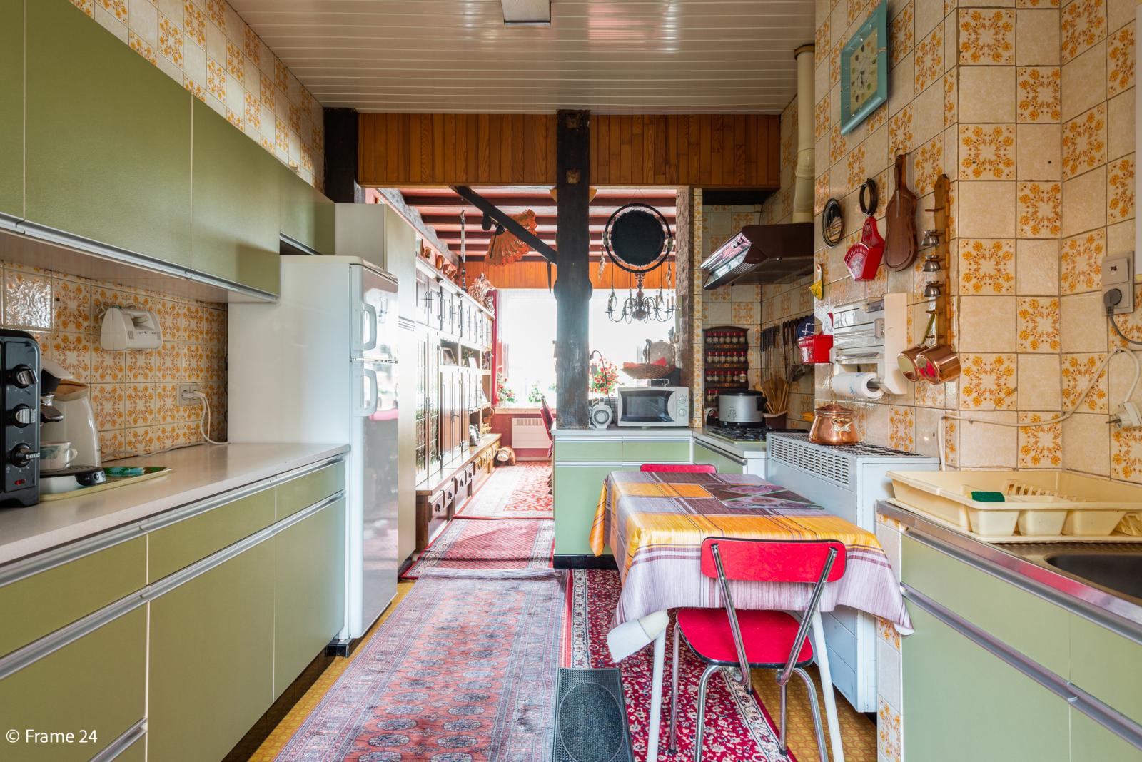 Uitzonderlijke woning met (220m²) met garage én magazijn (161m²) nabij Park Spoort Noord! afbeelding 17