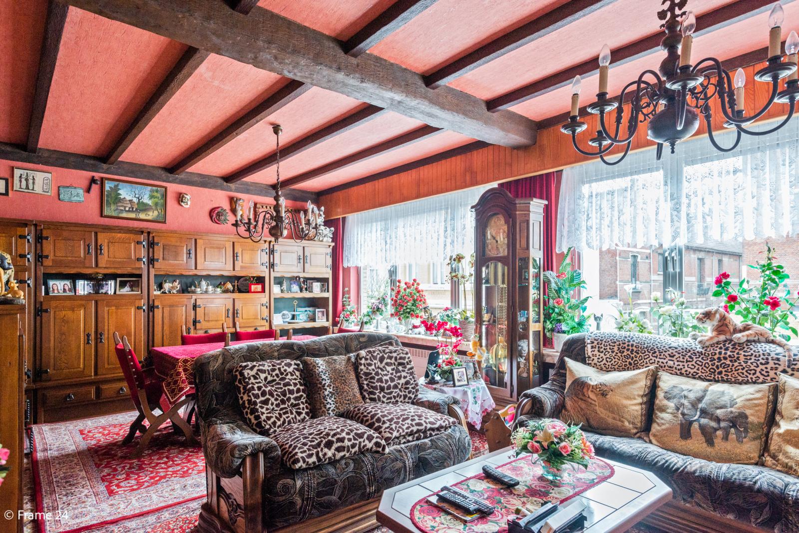 Uitzonderlijke woning met (220m²) met garage én magazijn (161m²) nabij Park Spoort Noord! afbeelding 15