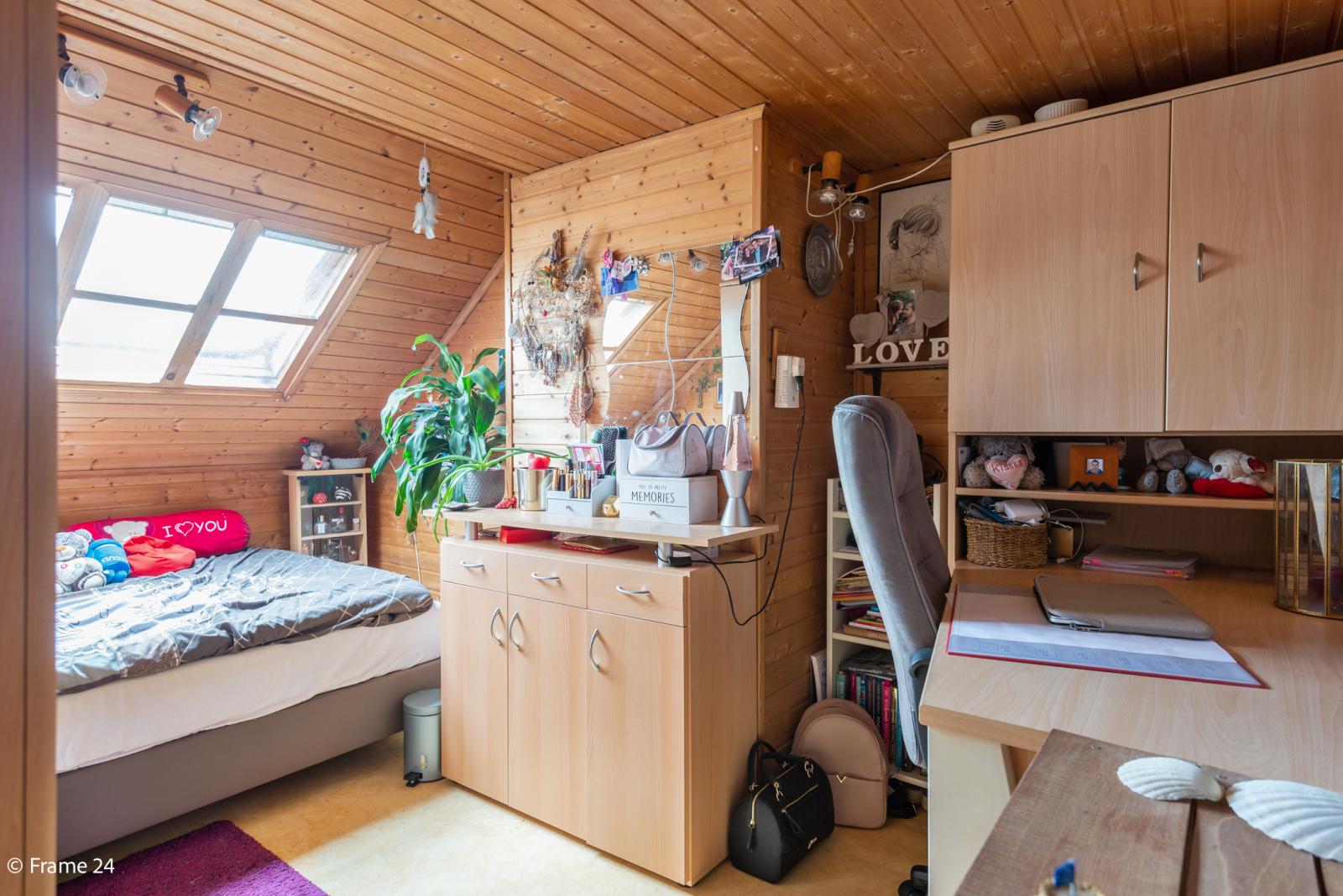 Uitzonderlijke woning met (220m²) met garage én magazijn (161m²) nabij Park Spoort Noord! afbeelding 19