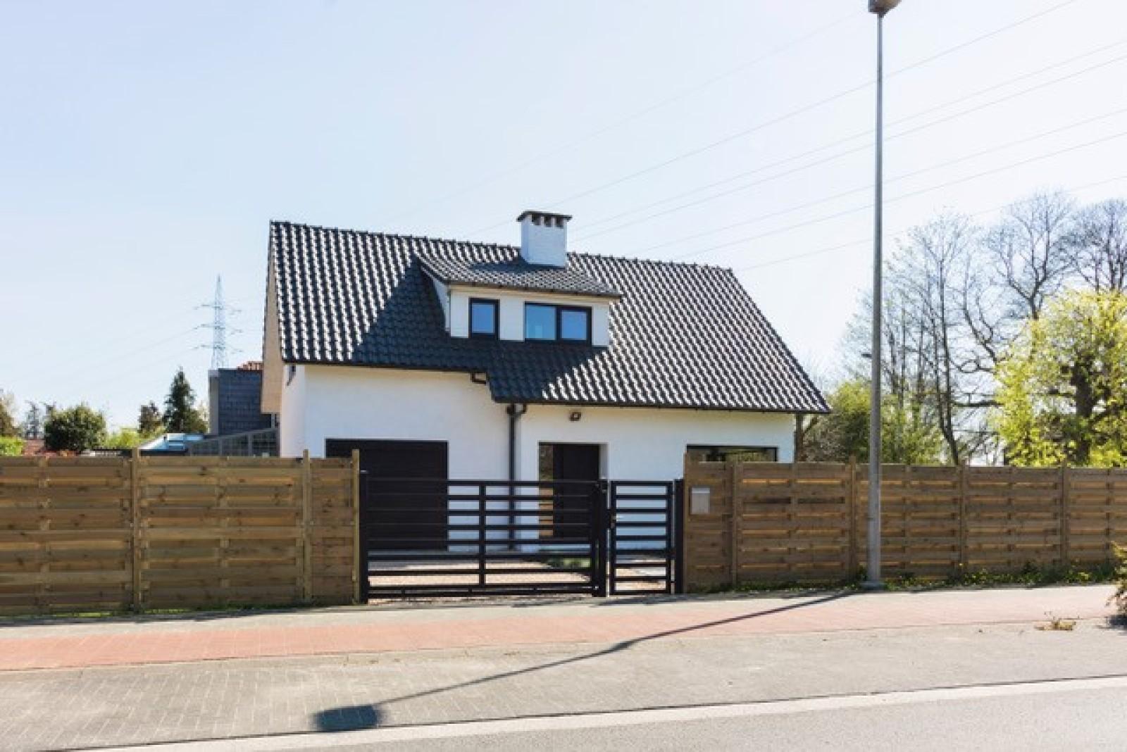 Nieuwe, vrijstaande woning in Wijnegem met hoogwaardige afwerking afbeelding 29