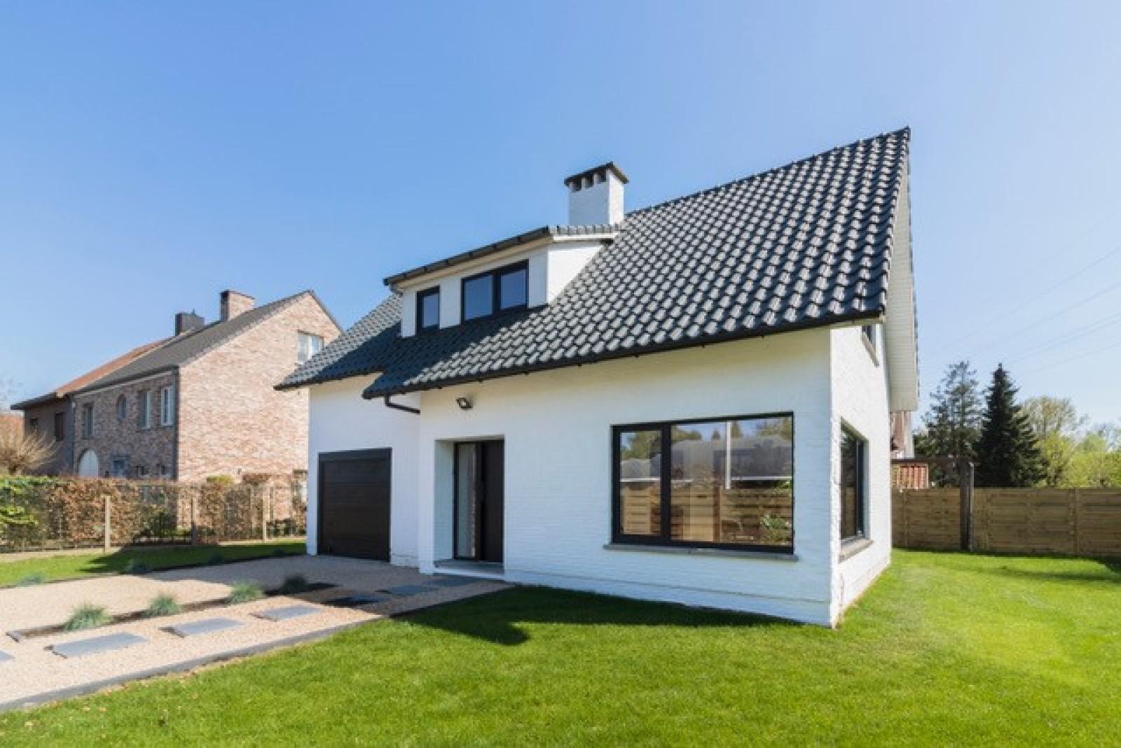 Nieuwe, vrijstaande woning in Wijnegem met hoogwaardige afwerking afbeelding 2
