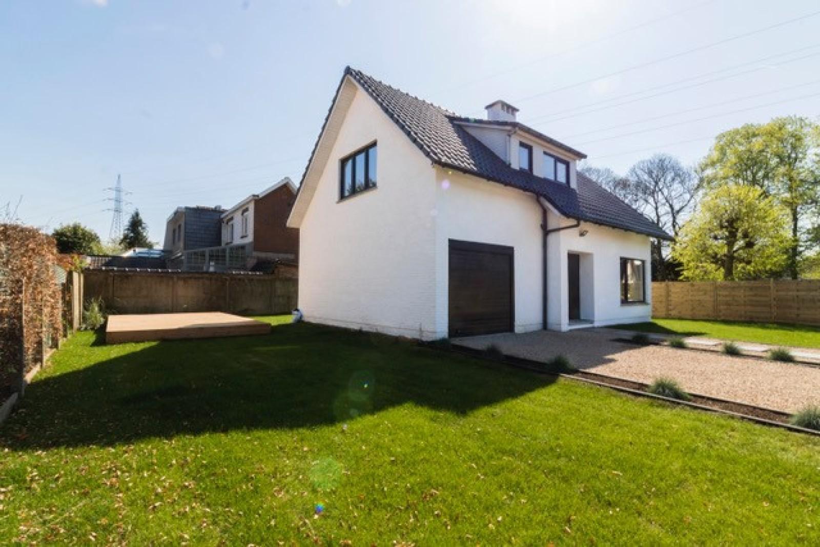 Nieuwe, vrijstaande woning in Wijnegem met hoogwaardige afwerking afbeelding 31