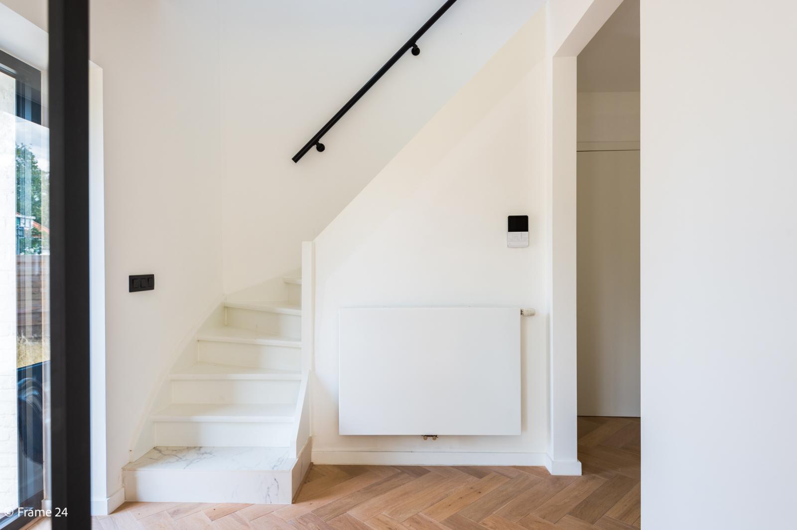 Nieuwe, vrijstaande woning in Wijnegem met hoogwaardige afwerking afbeelding 6