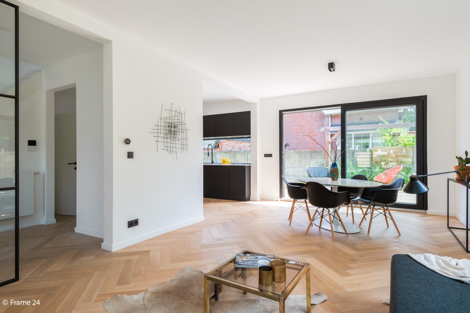 Nieuwe, vrijstaande woning in Wijnegem met hoogwaardige afwerking afbeelding 12
