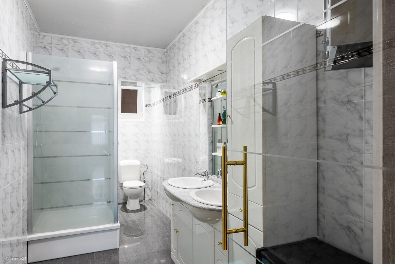 Instapklare ééngezinswoning met 3 slaapkamers te Deurne! afbeelding 11