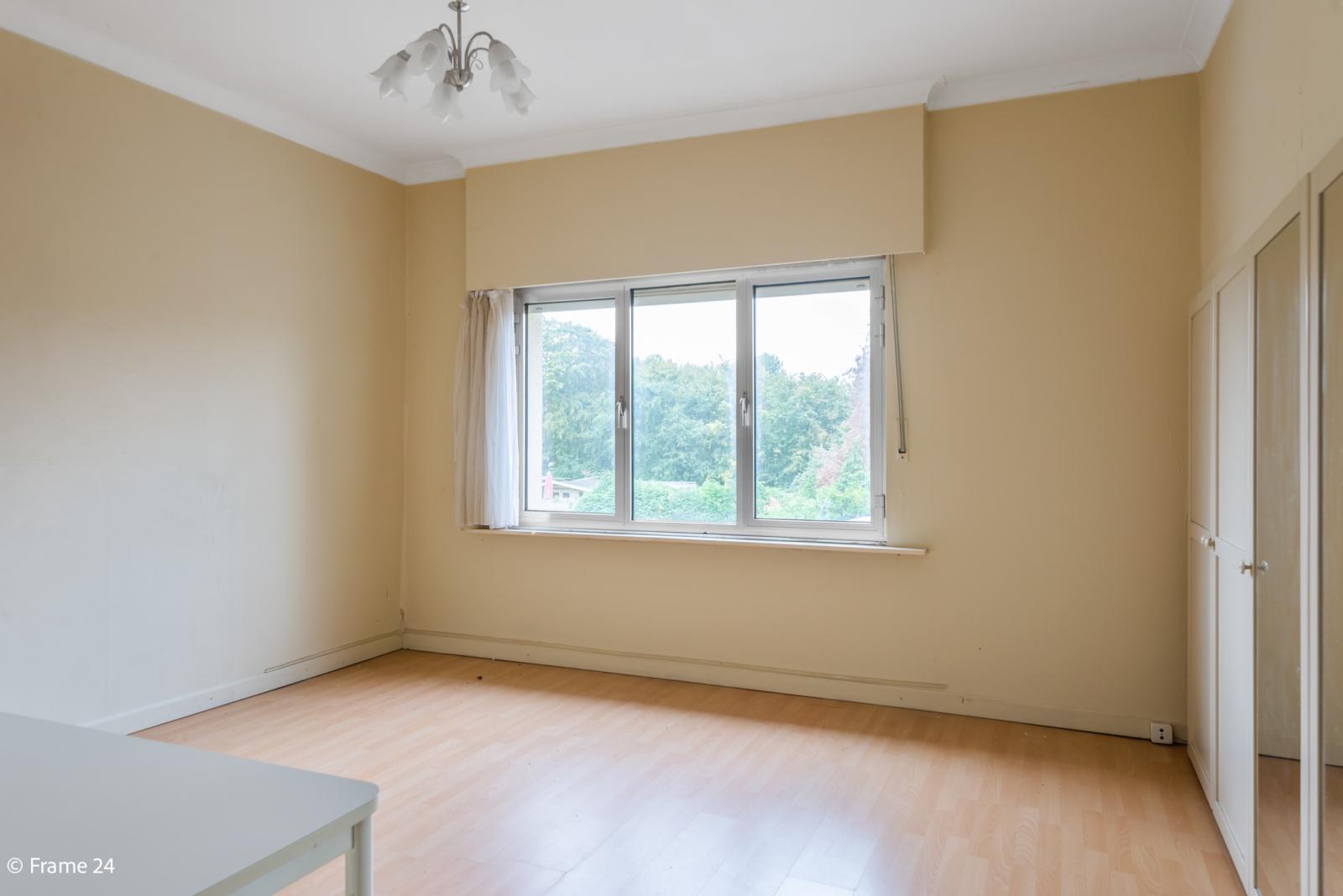 Te renoveren woning met tal van mogelijkheden in het centrum van Oelegem! afbeelding 18