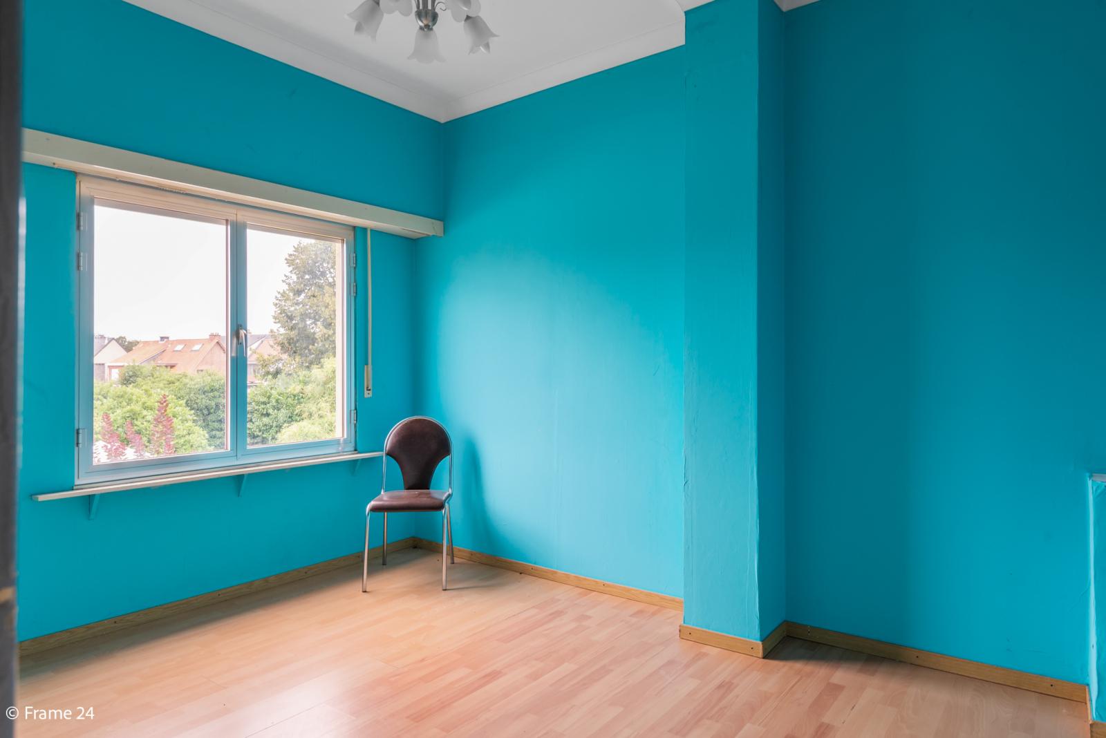 Te renoveren woning met tal van mogelijkheden in het centrum van Oelegem! afbeelding 19