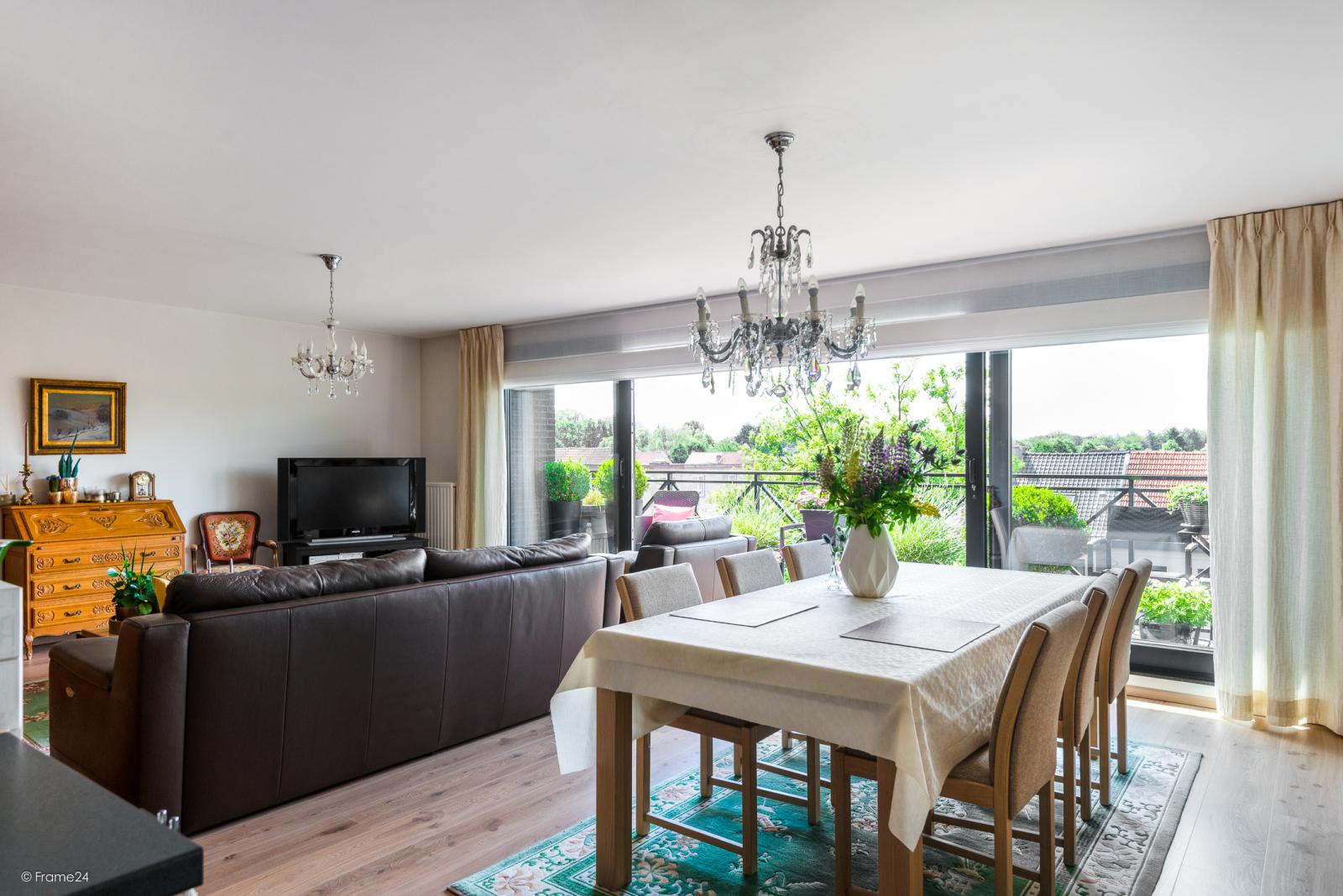 Prachtig instapklaar appartement met twee ruime slaapkamers nabij het centrum van Schoten! afbeelding 9