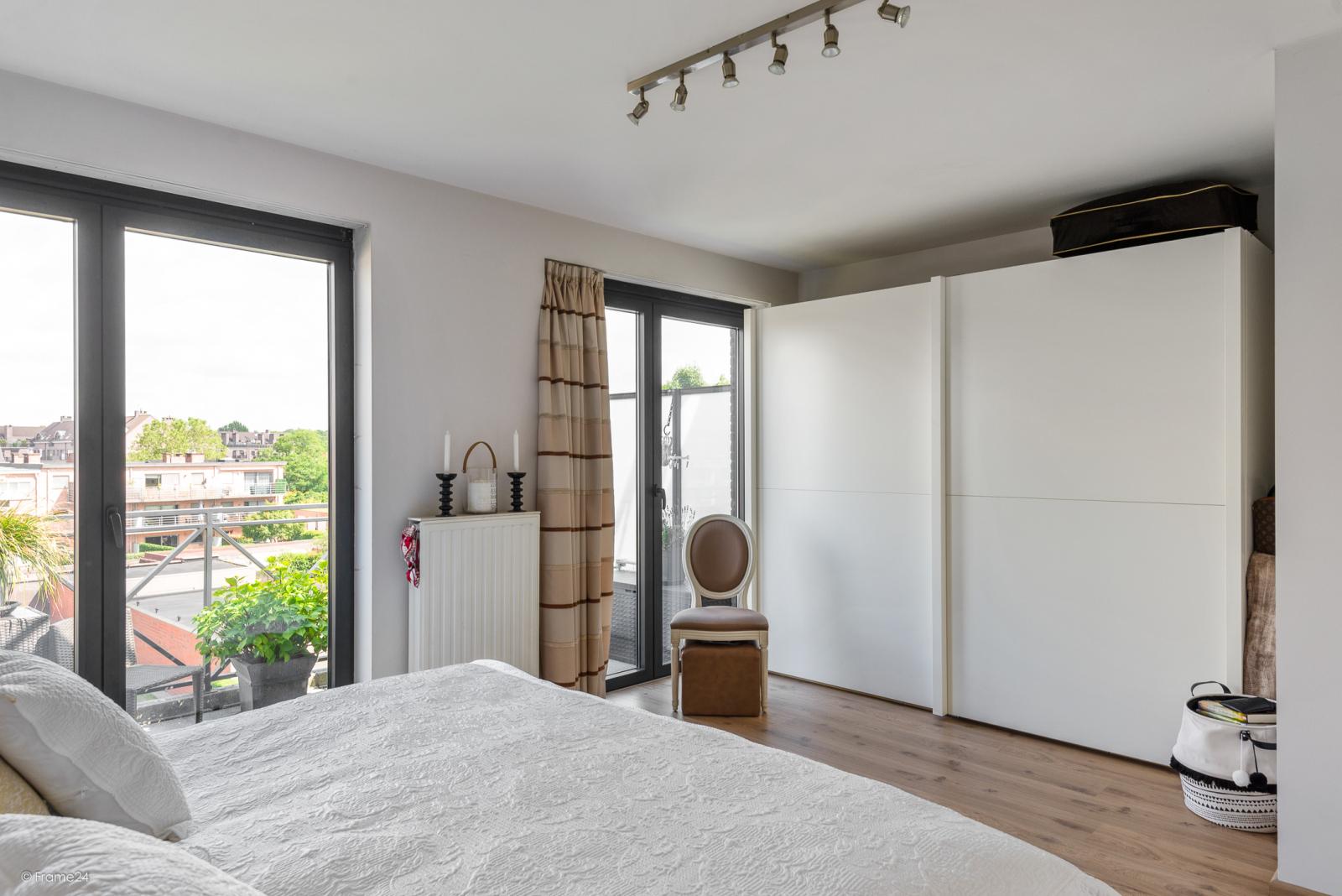 Prachtig instapklaar appartement met twee ruime slaapkamers nabij het centrum van Schoten! afbeelding 15