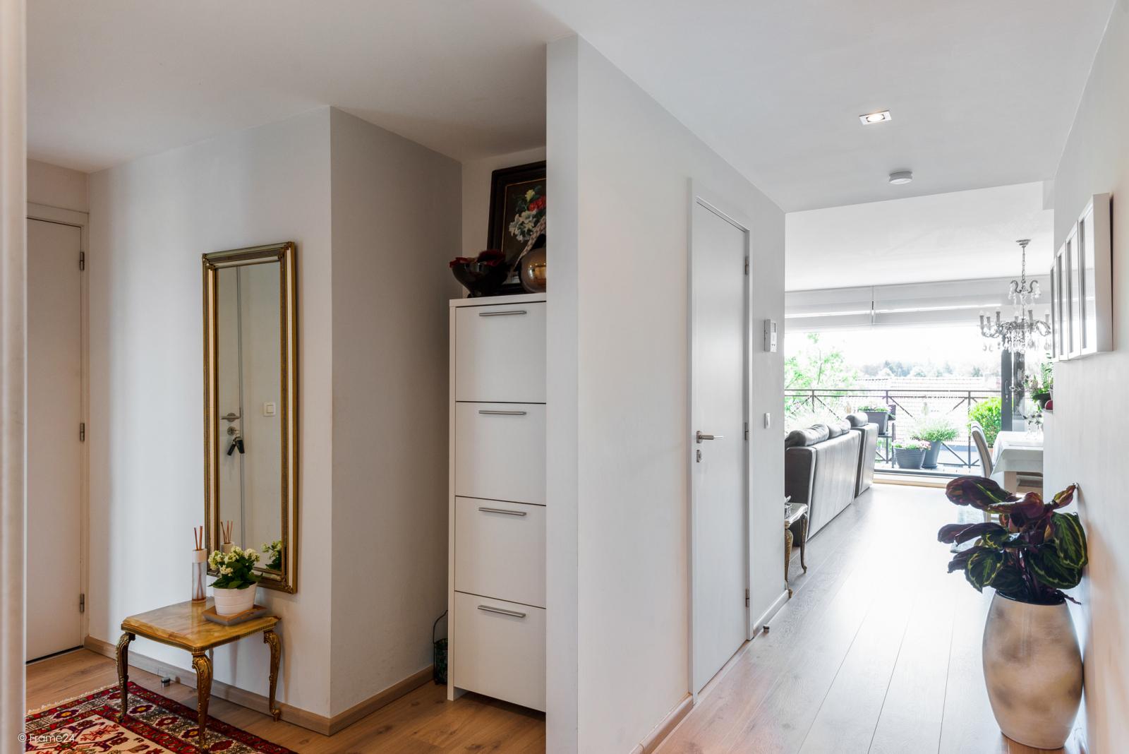 Prachtig instapklaar appartement met twee ruime slaapkamers nabij het centrum van Schoten! afbeelding 11