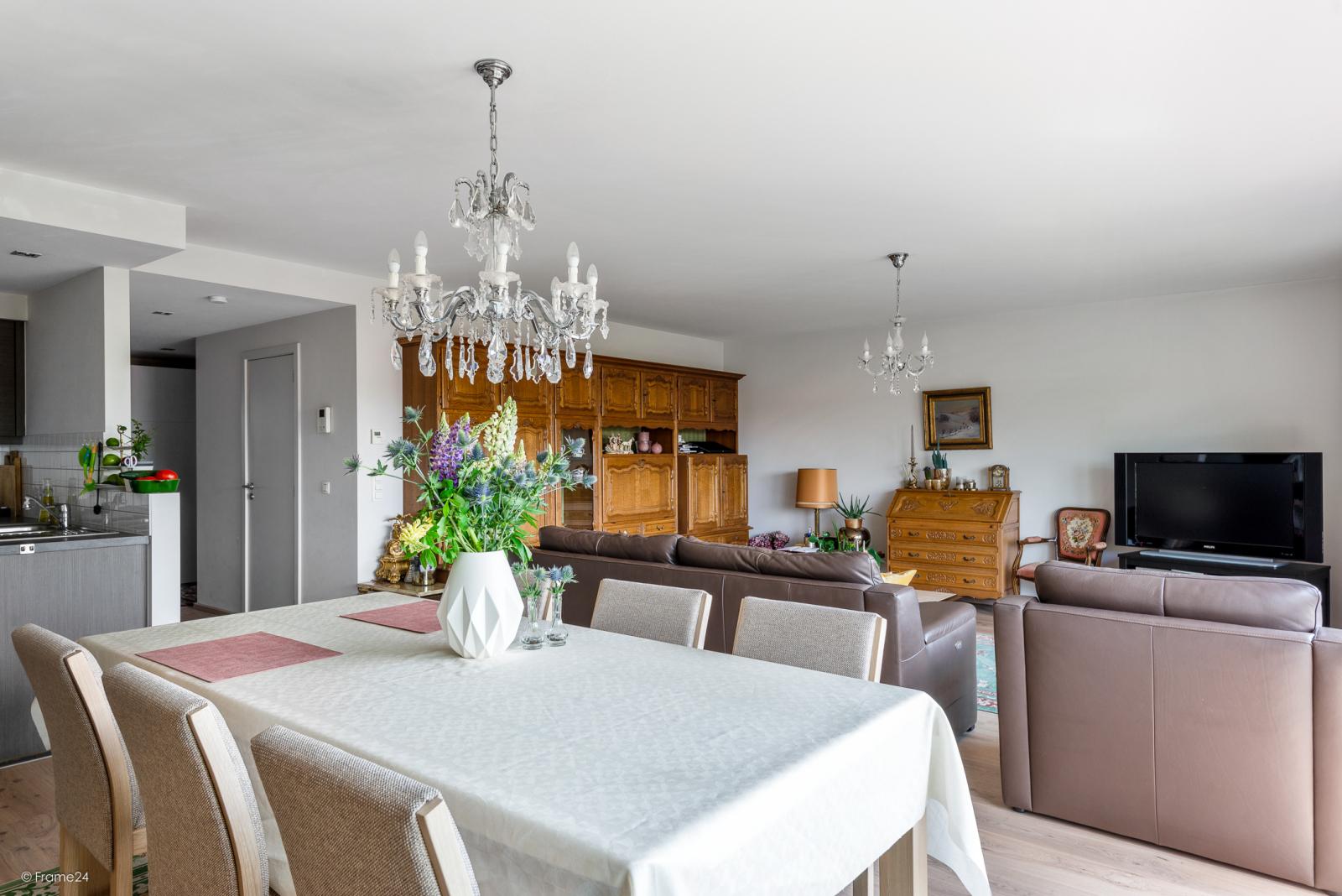 Prachtig instapklaar appartement met twee ruime slaapkamers nabij het centrum van Schoten! afbeelding 5