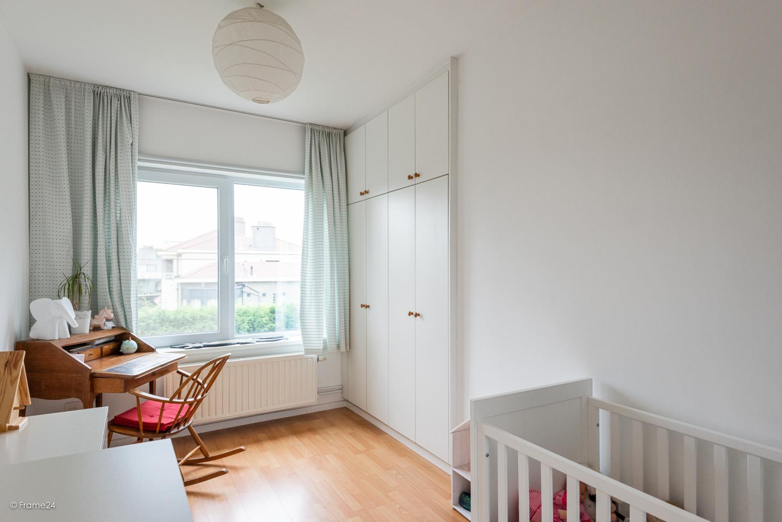 Zeer ruime en volledig instapklare bel-étagewoning met 4 slaapkamers te Wilrijk! afbeelding 11