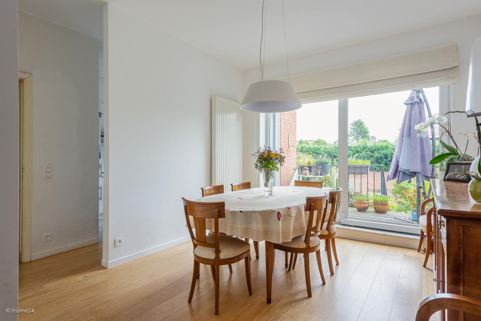Zeer ruime en volledig instapklare bel-étagewoning met 4 slaapkamers te Wilrijk! afbeelding 7