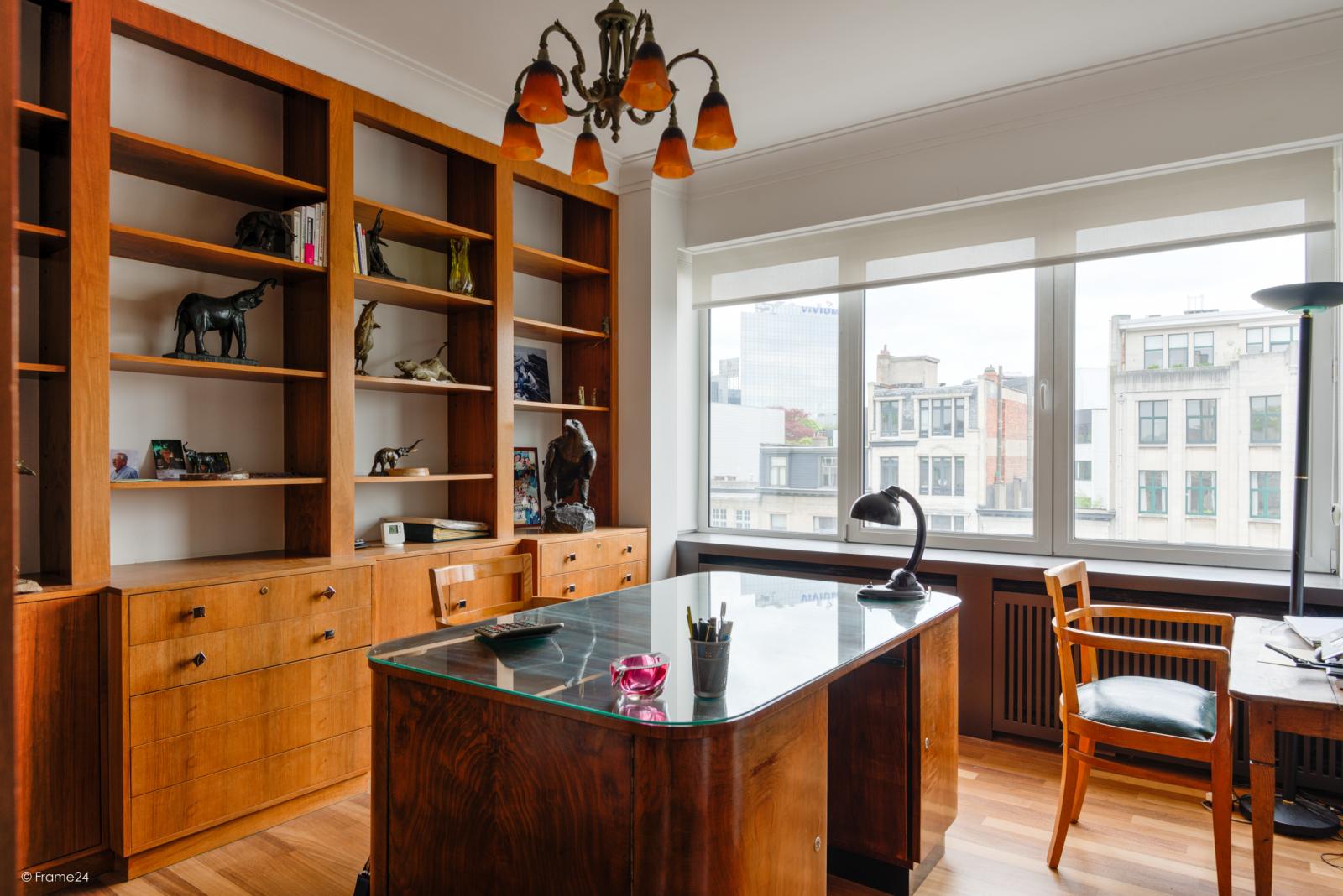 Uitzonderlijk appartement (+/- 250m²) met panoramische uitzichten te Antwerpen! afbeelding 13