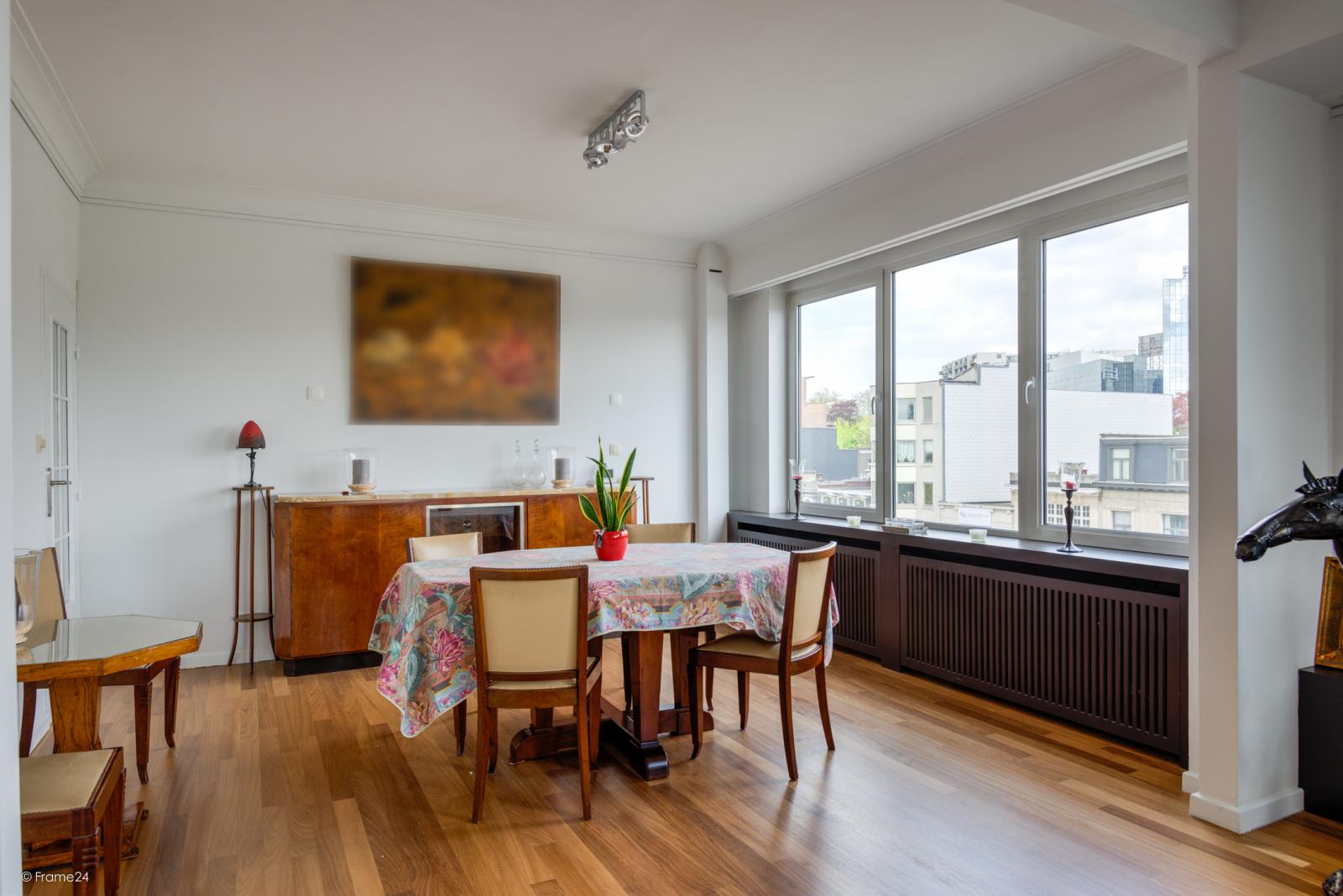 Uitzonderlijk appartement (+/- 250m²) met panoramische uitzichten te Antwerpen! afbeelding 8