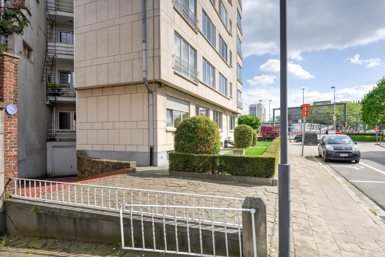 Uitzonderlijk appartement (+/- 250m²) met panoramische uitzichten te Antwerpen! afbeelding 28
