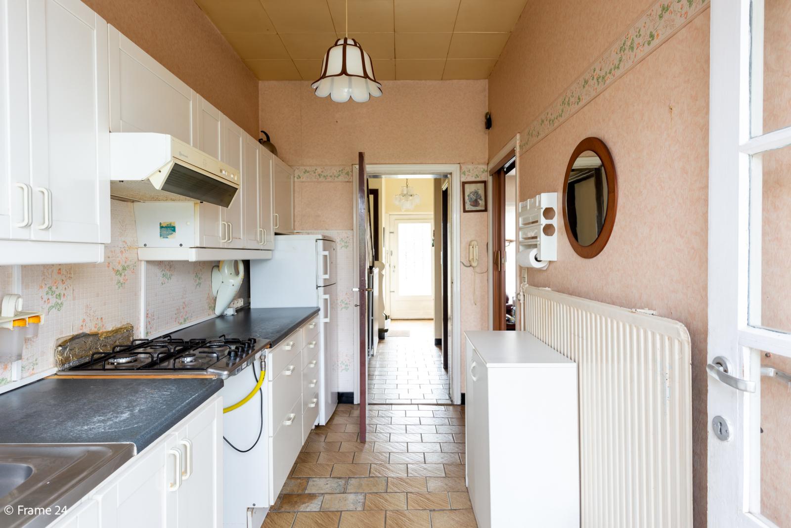 Charmante woning met 3 slaapkamers te op een toplocatie Edegem. afbeelding 12