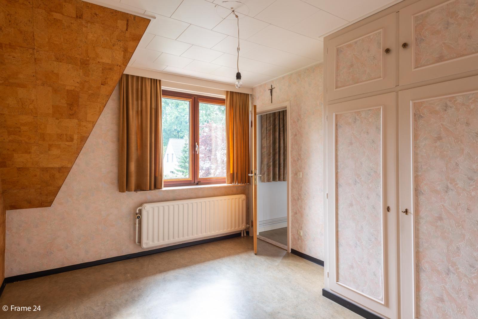Zeer verzorgde vrijstaande woning gelegen op een toplocatie te 's Gravenwezel! afbeelding 16