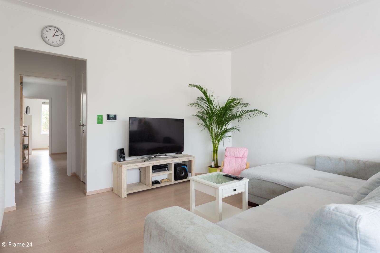 Mooi en gezellig appartement met twee doorlopende slaapkamers en terras te Borsbeek! afbeelding 7