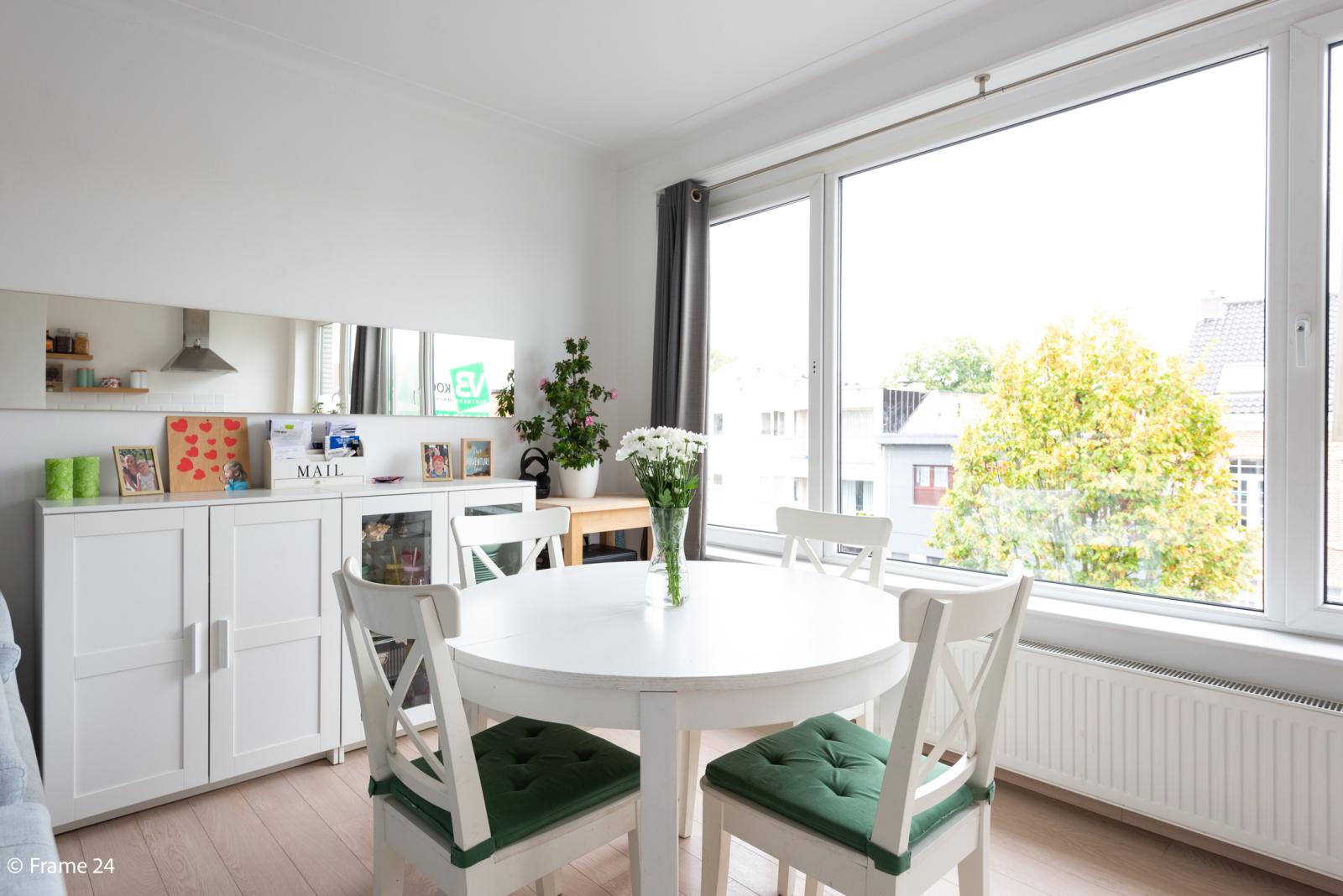 Mooi en gezellig appartement met twee doorlopende slaapkamers en terras te Borsbeek! afbeelding 5