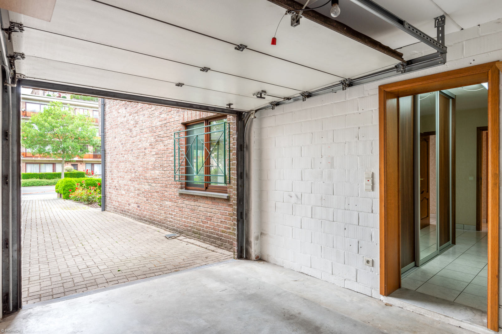 Zeer verzorgd en ruim gelijkvloers appartement (+/- 100m²) met tuin nabij het centrum van Schoten! afbeelding 17