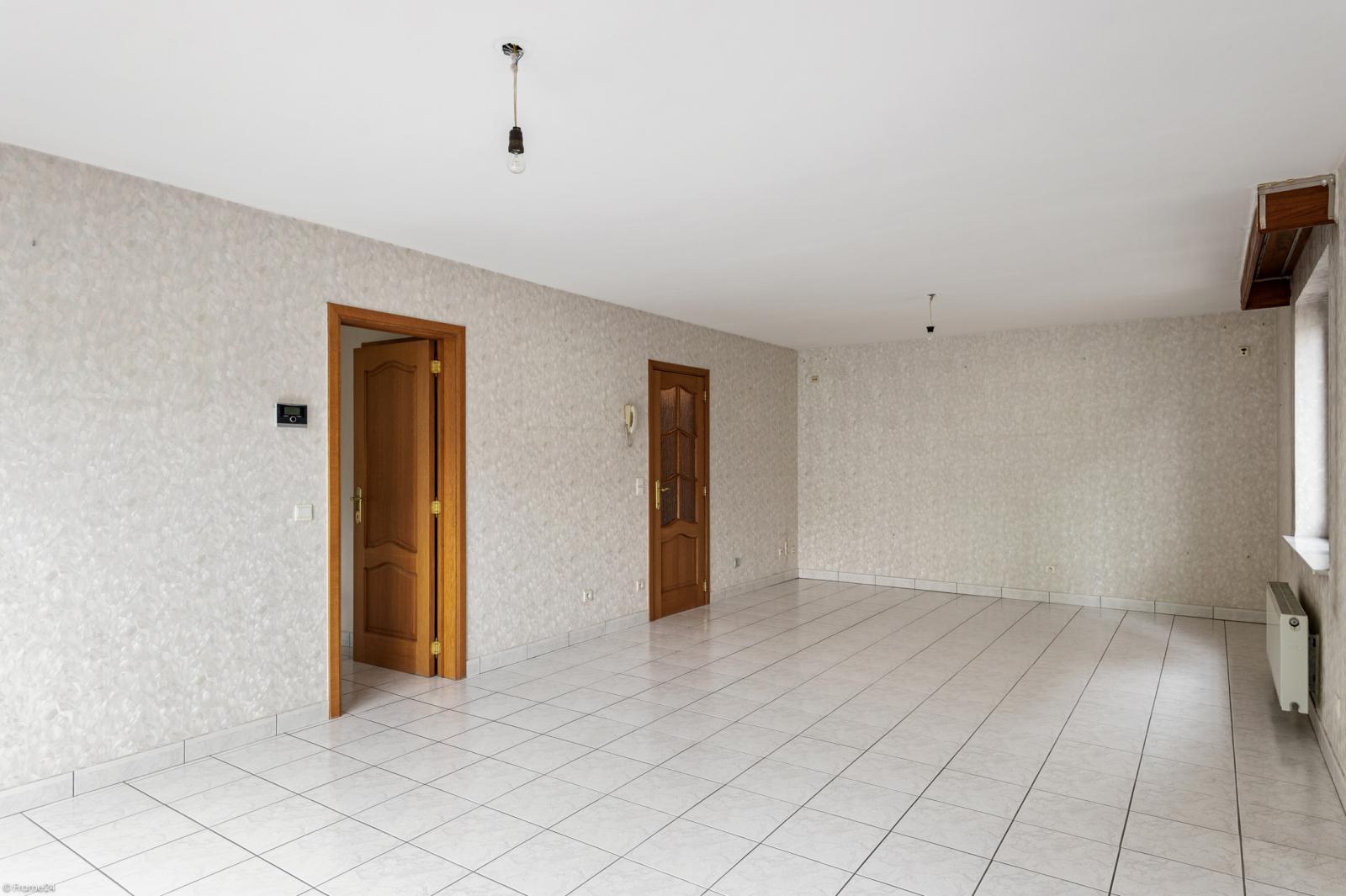Zeer verzorgd en ruim gelijkvloers appartement (+/- 100m²) met tuin nabij het centrum van Schoten! afbeelding 5