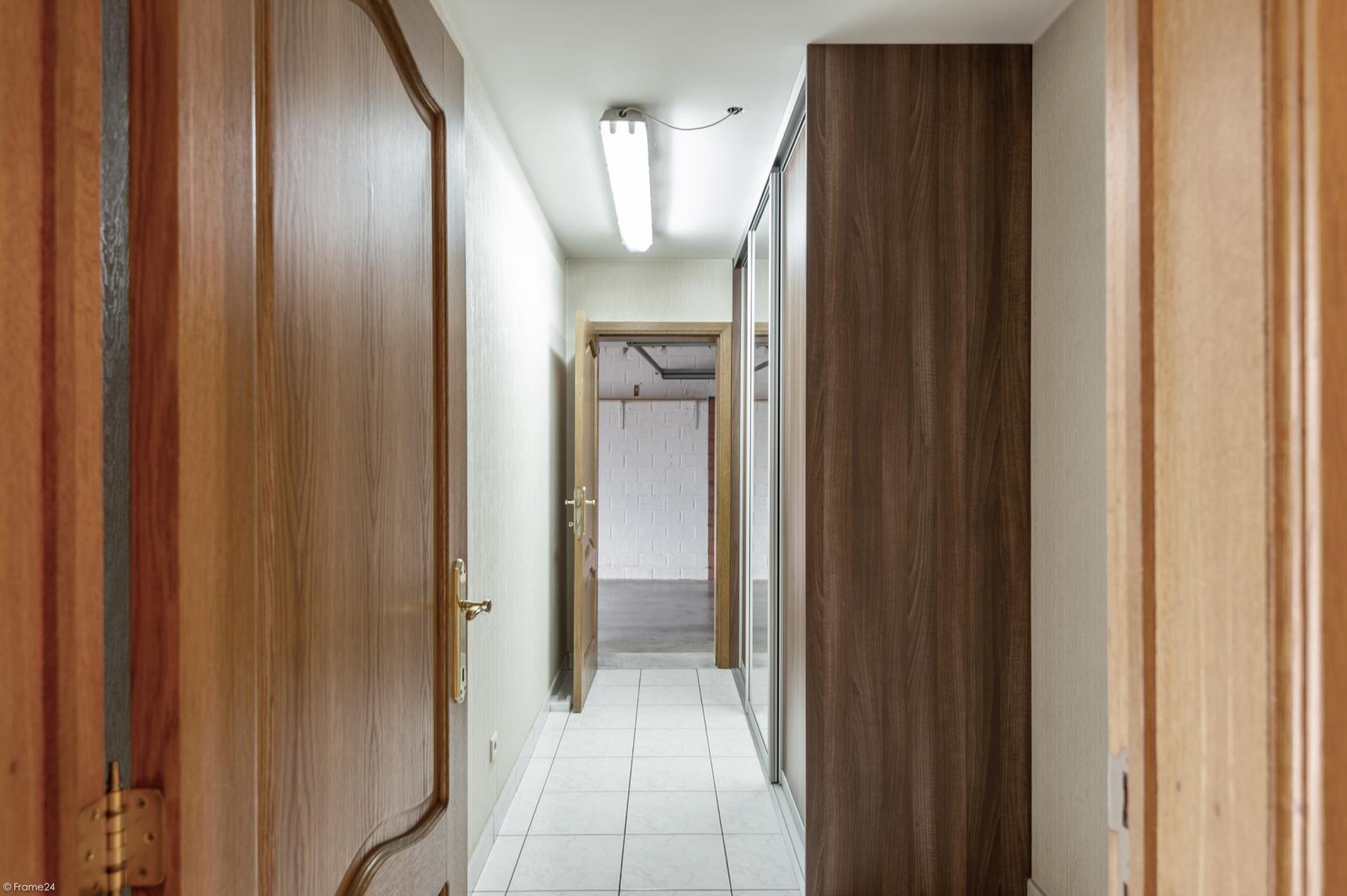 Zeer verzorgd en ruim gelijkvloers appartement (+/- 100m²) met tuin nabij het centrum van Schoten! afbeelding 14