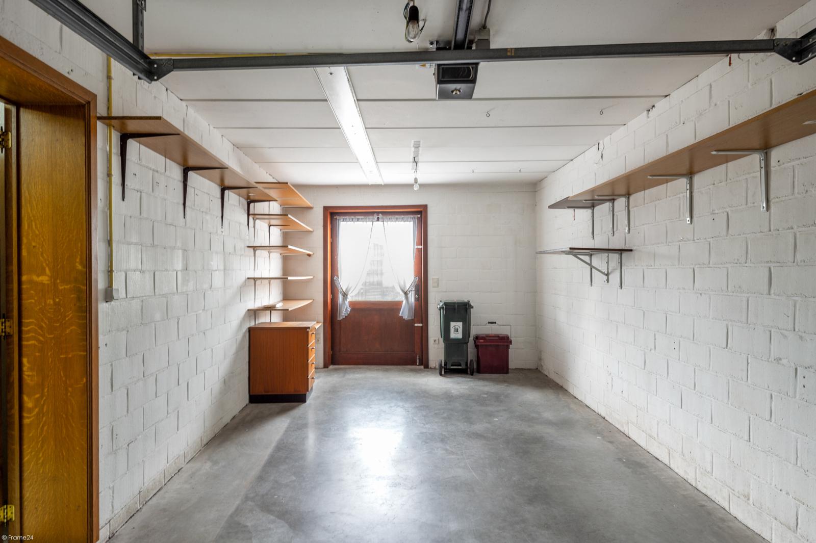 Zeer verzorgd en ruim gelijkvloers appartement (+/- 100m²) met tuin nabij het centrum van Schoten! afbeelding 16