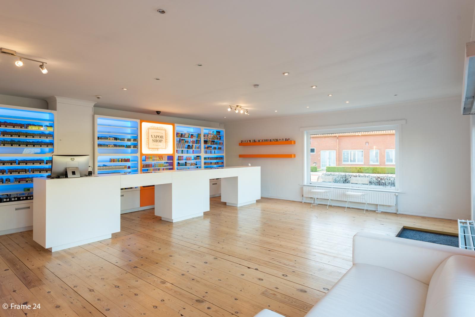 Winkelruimte met woonst op commerciële toplocatie te Zandhoven! afbeelding 4