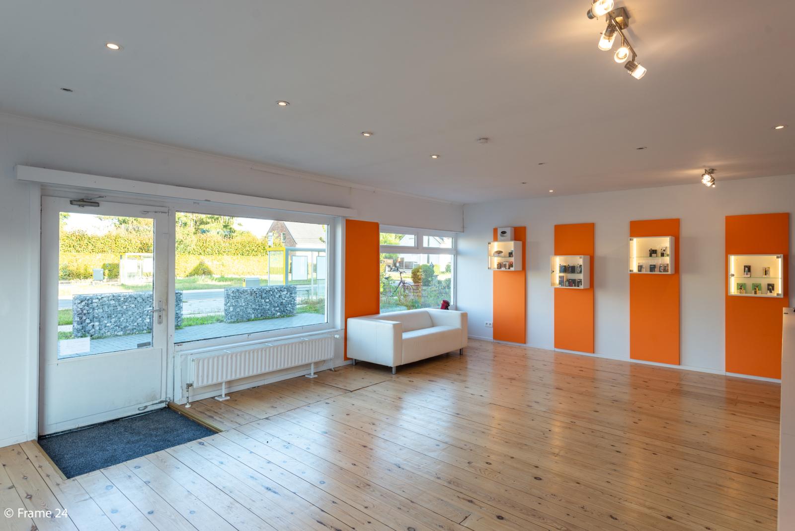 Winkelruimte met woonst op commerciële toplocatie te Zandhoven! afbeelding 6