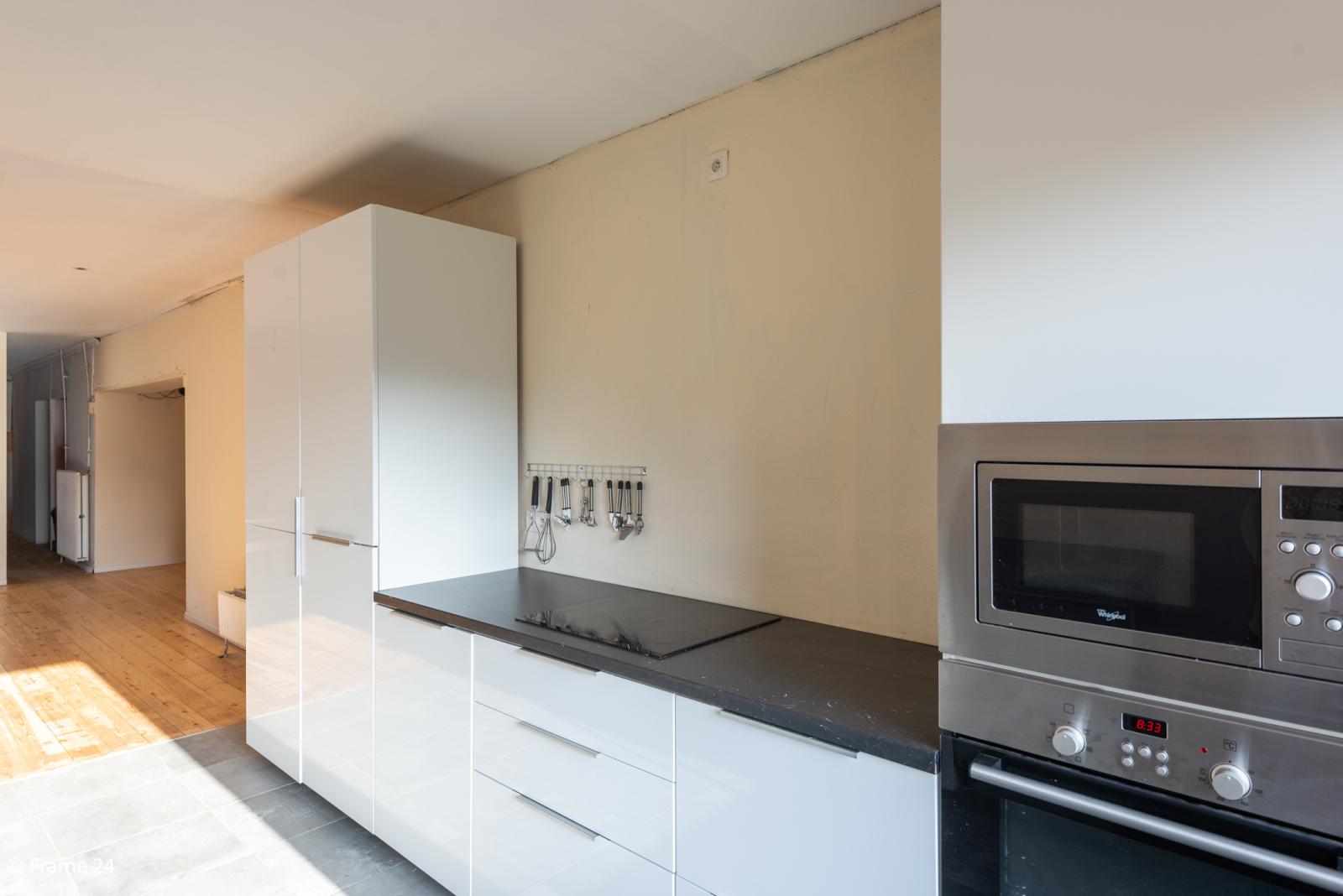 Winkelruimte met woonst op commerciële toplocatie te Zandhoven! afbeelding 9