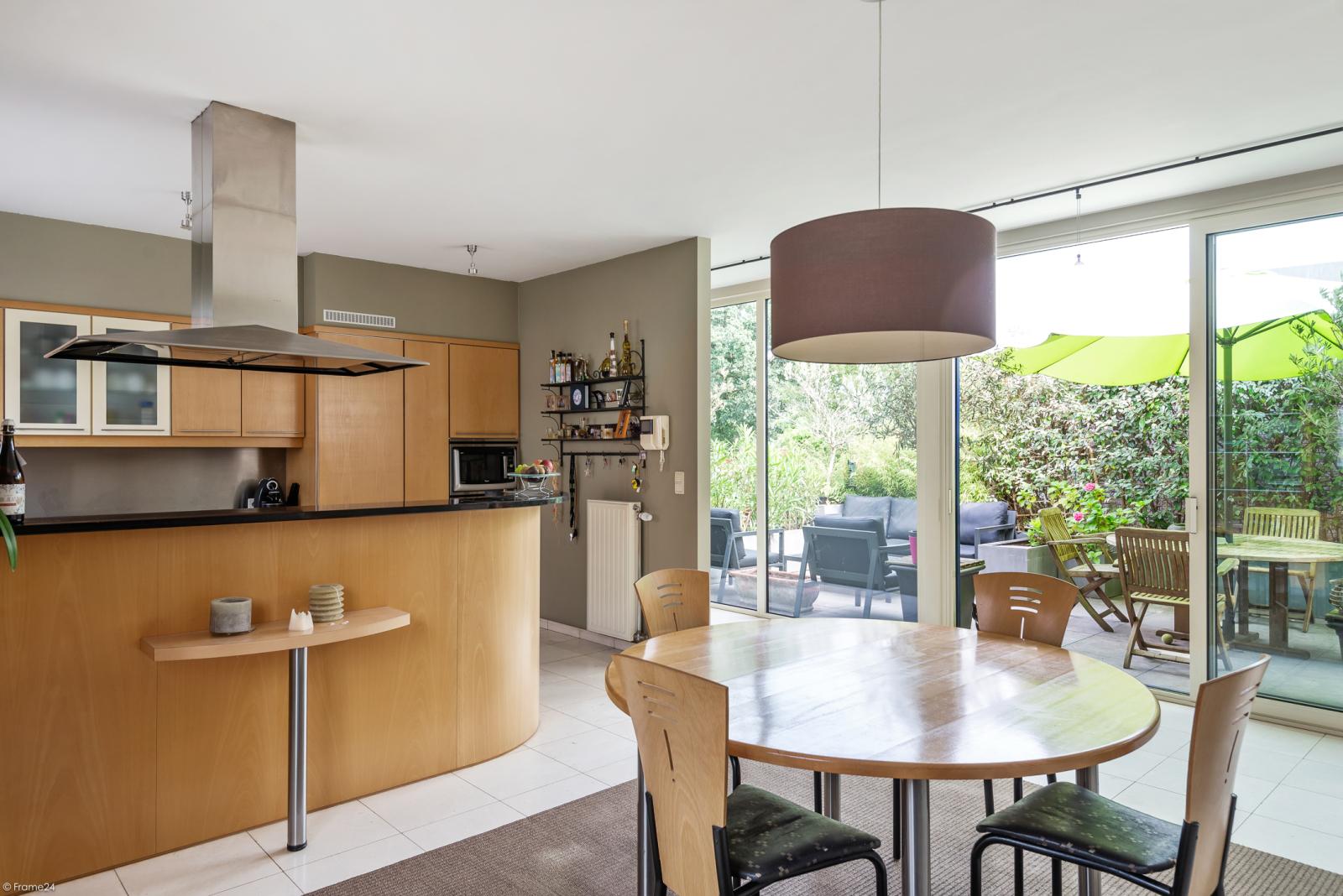 Riant eigendom bestaande uit een handelsgelijkvloers en duplex-appartement op een zeer centrale locatie te Kapellen! afbeelding 14
